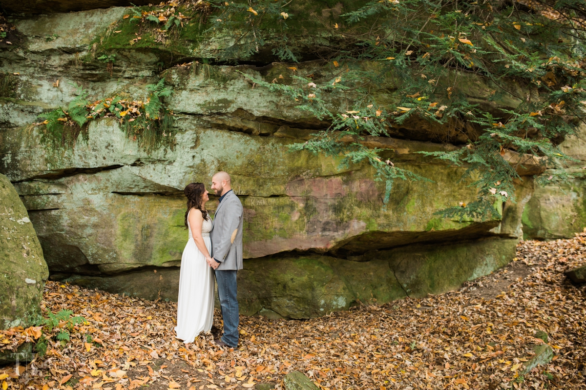 Cindy-and-grayson-mill-creek-park-youngstown-photographer-tracylynn-photography 3.jpg