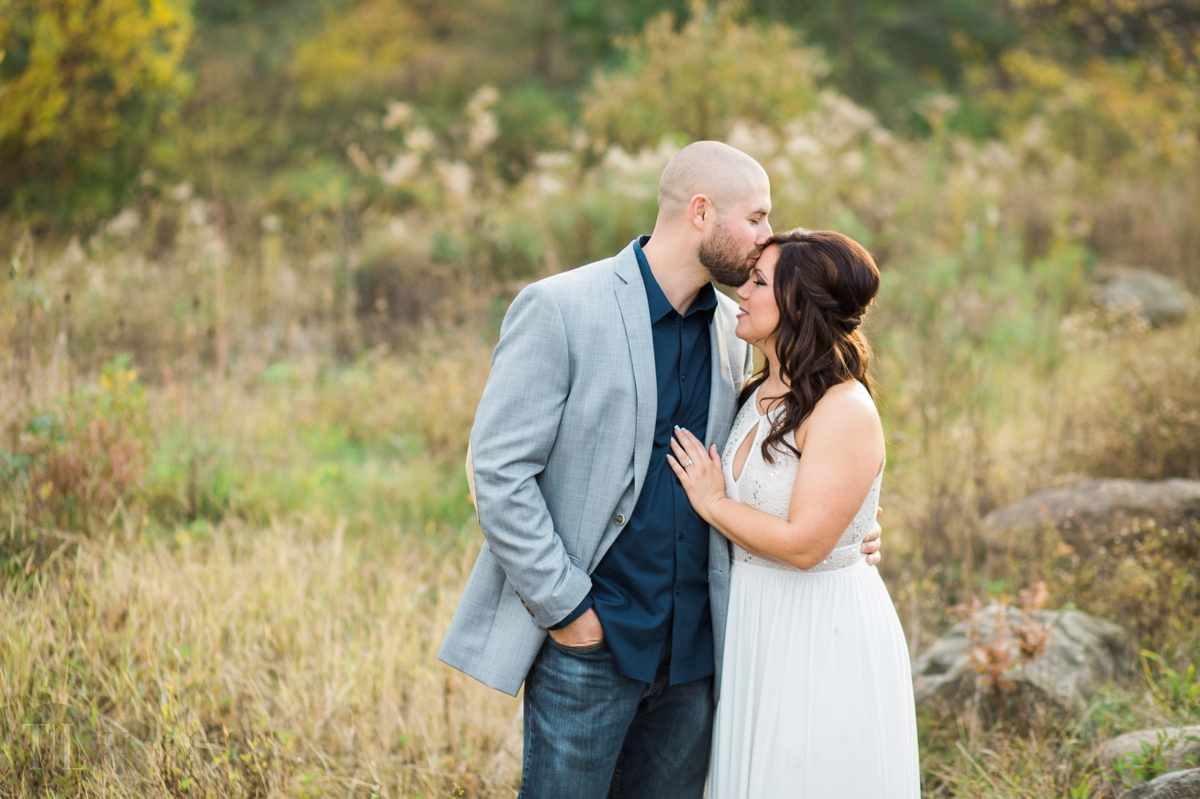 Cindy-and-grayson-mill-creek-park-youngstown-photographer-tracylynn-photography 10.jpg