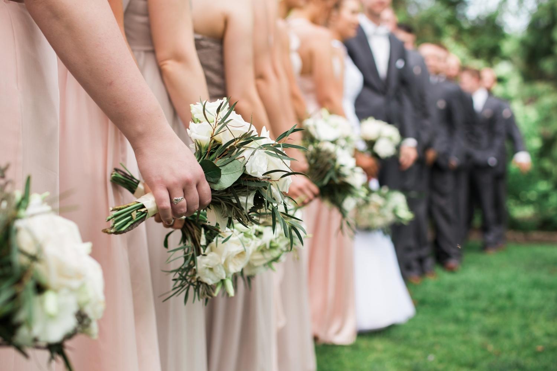 Erin-rusty-youngstown-ohio-wedding-photographer-tracylynn-photography-mill-creek-park-drakes-landing 18.jpg
