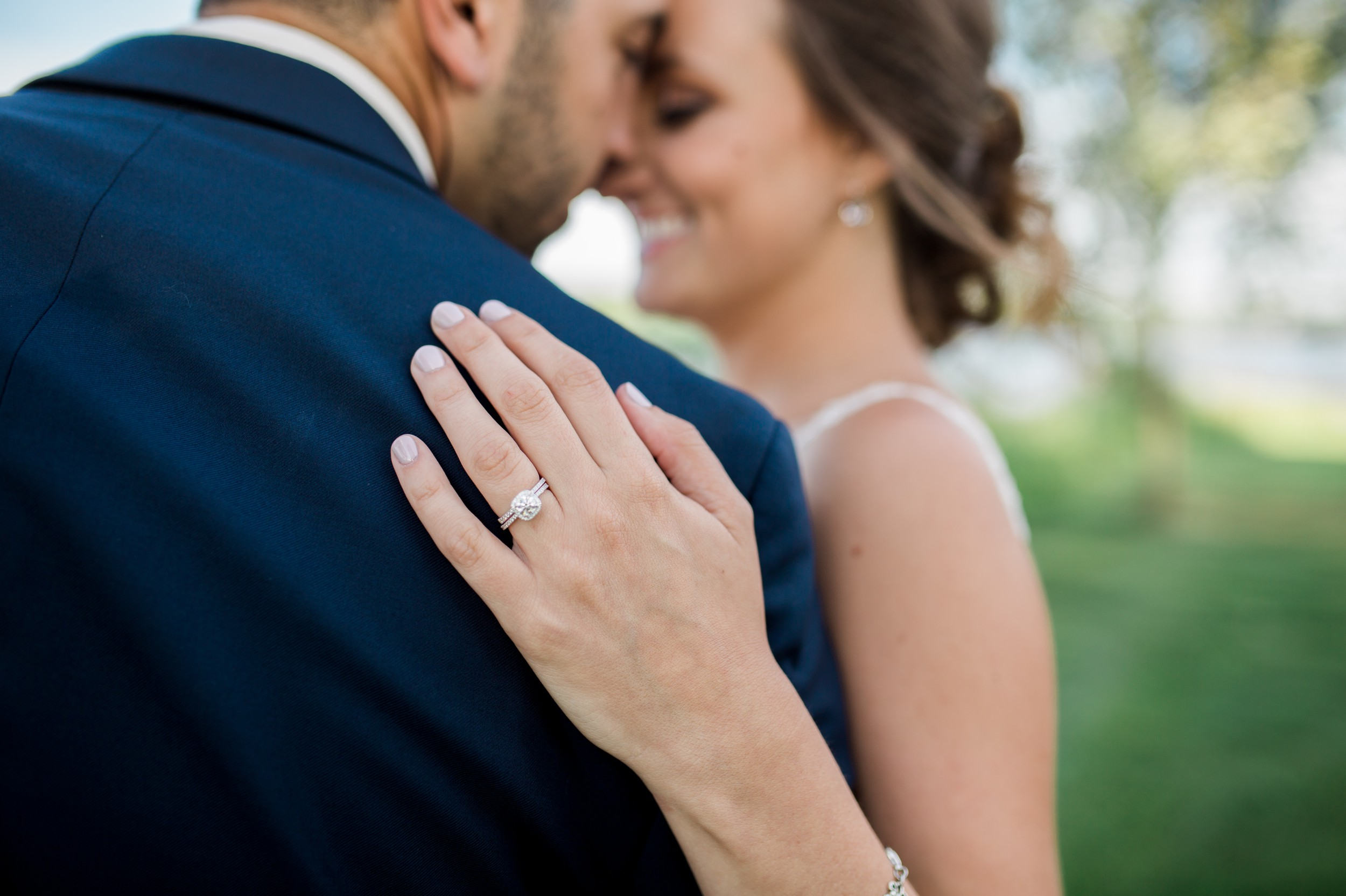 Nick-and-martina-pinelake-vinyards-wedding-columbiana-ohio-tracylynn-photography 16.jpg