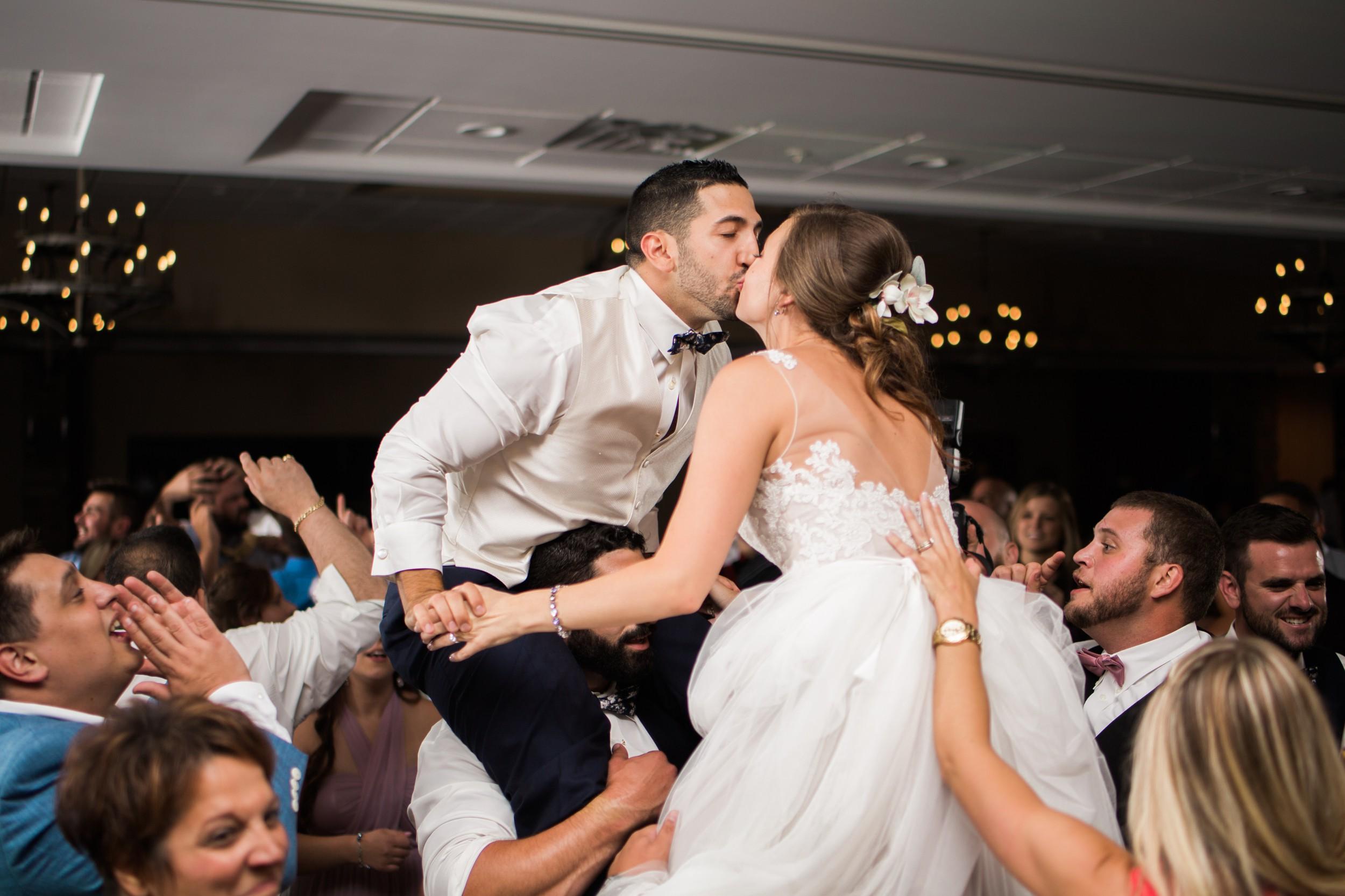 nick- and-martina-pine-lake-vinyards-tracylynn-photography-columbiana-ohio-wedding 7.jpg