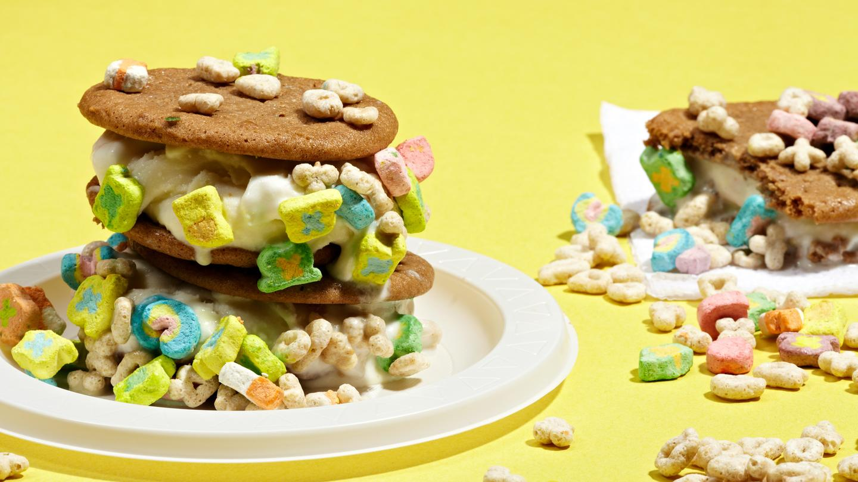 Boozy Ice Cream Sandwiches   Vice MUNCHIES