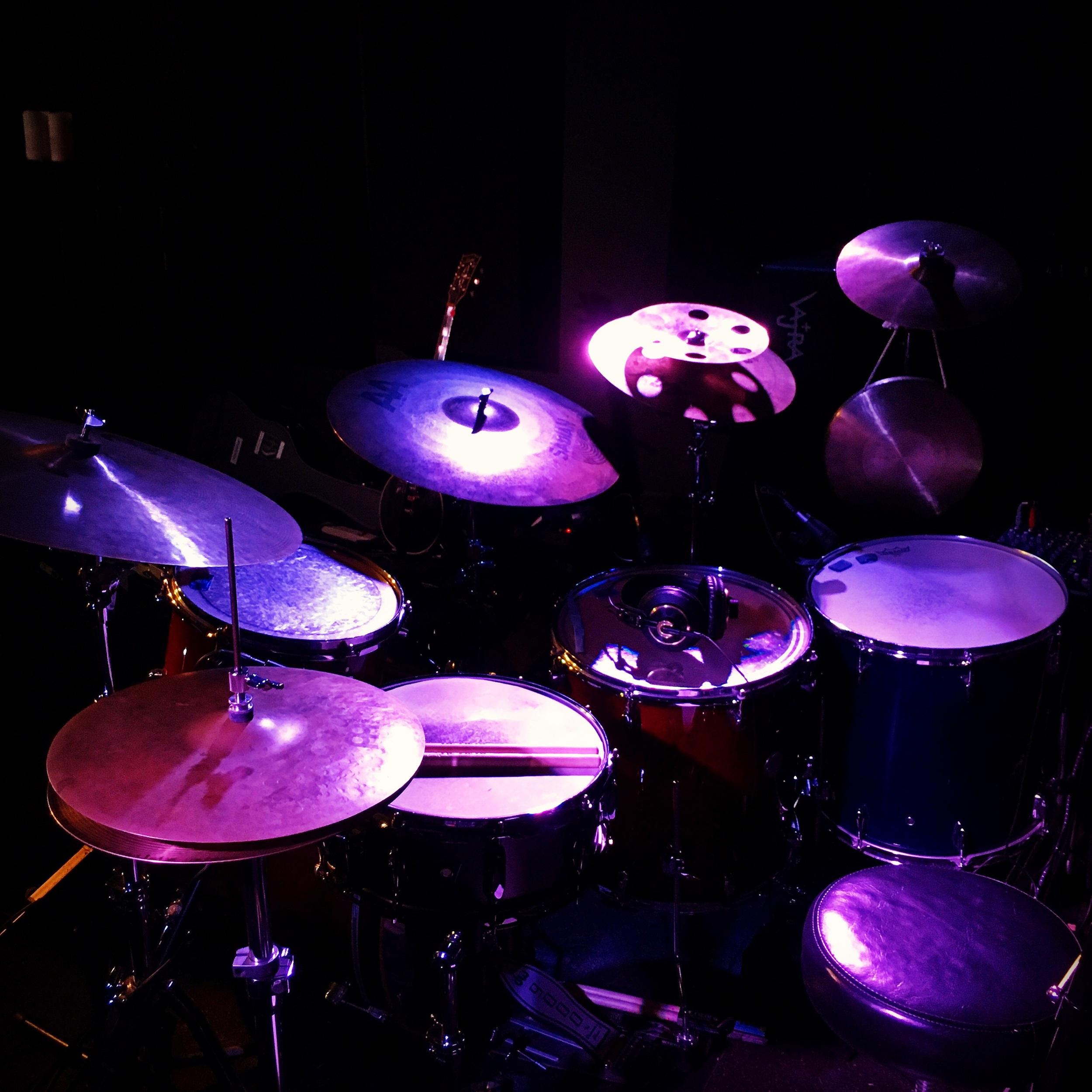 Drums drums drums yay drumz!