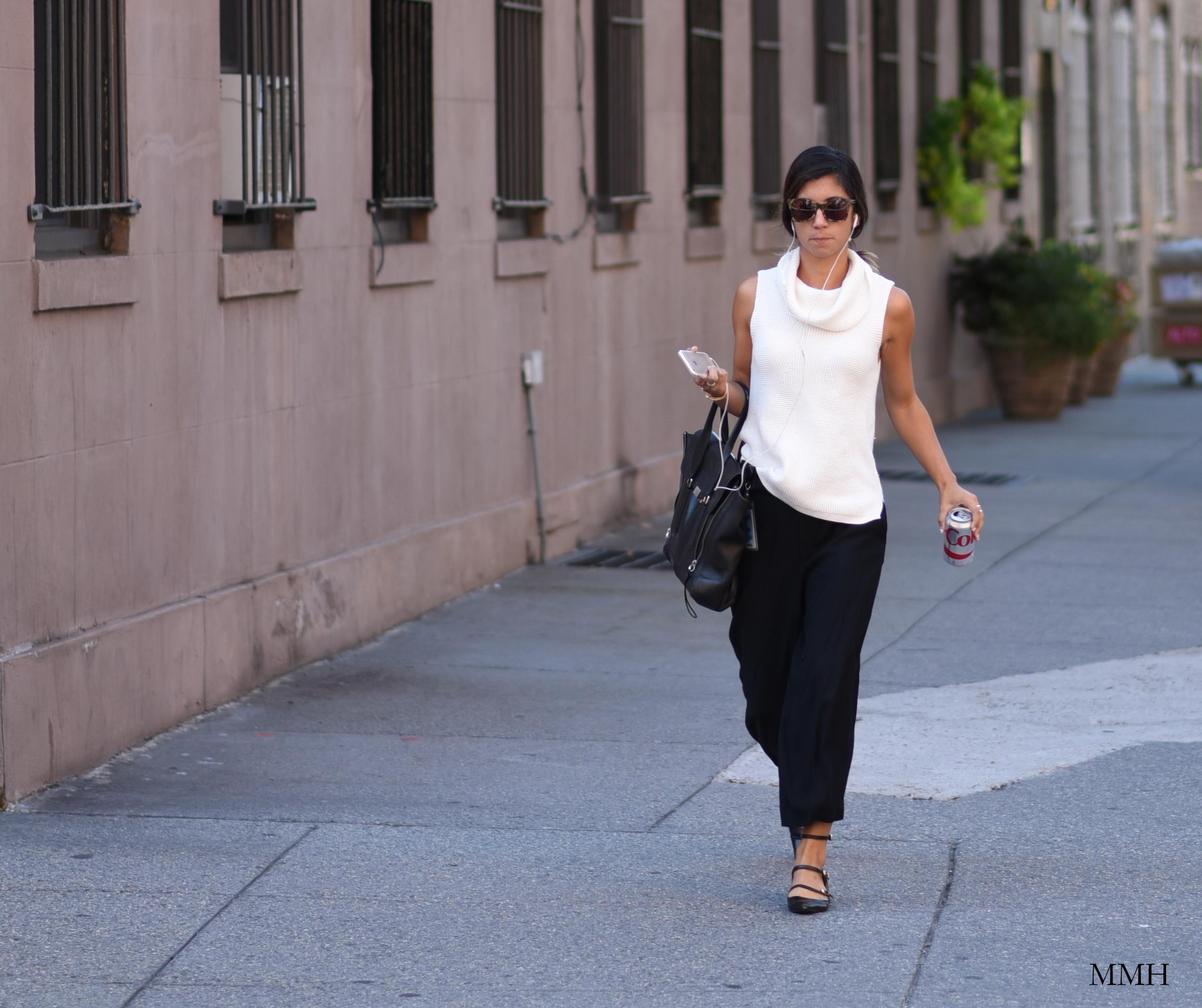 girl-walking-in-new-york-city.jpg
