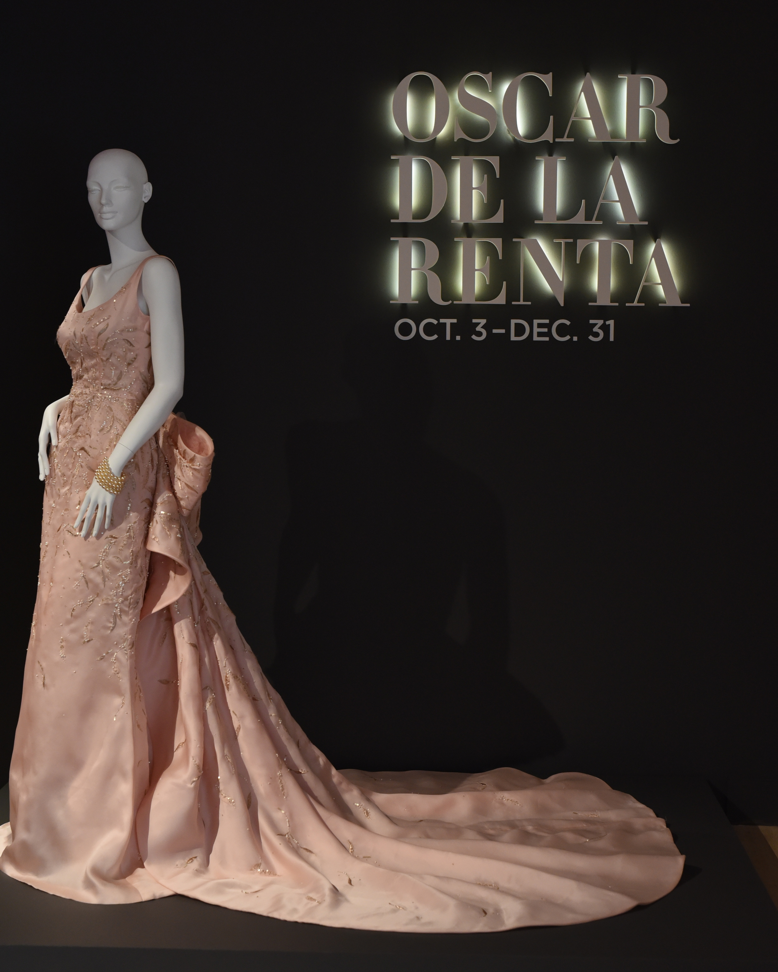 Taylor Swift wore this gown to the 2014 Met Ball. You can see her in the gown  here .