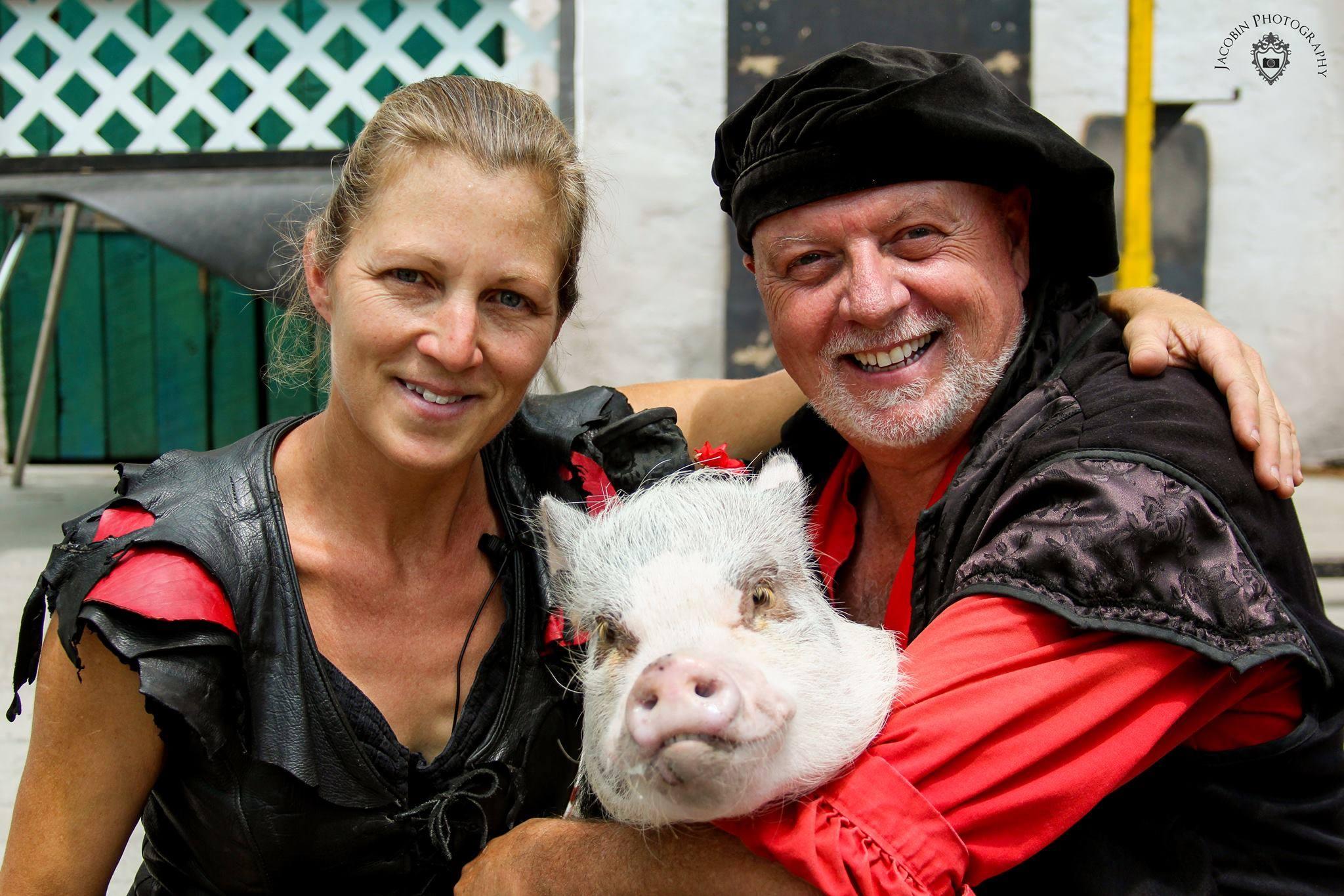 Rick & Jan - Vaudeville Dancing Pig Show!