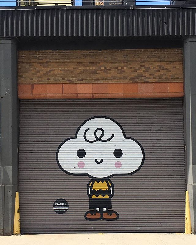 @snoopygrams x @friendswithyou  I'm loving this collab because it's merging two artists I admire. Growing up I was inspired by the work of Charles Schulz. Then later I discovered the artwork of FriendsWithYou while living in NYC. You can check out this and other Peanuts inspired murals in the Hudson Square neighborhood. #snoopyglobalart