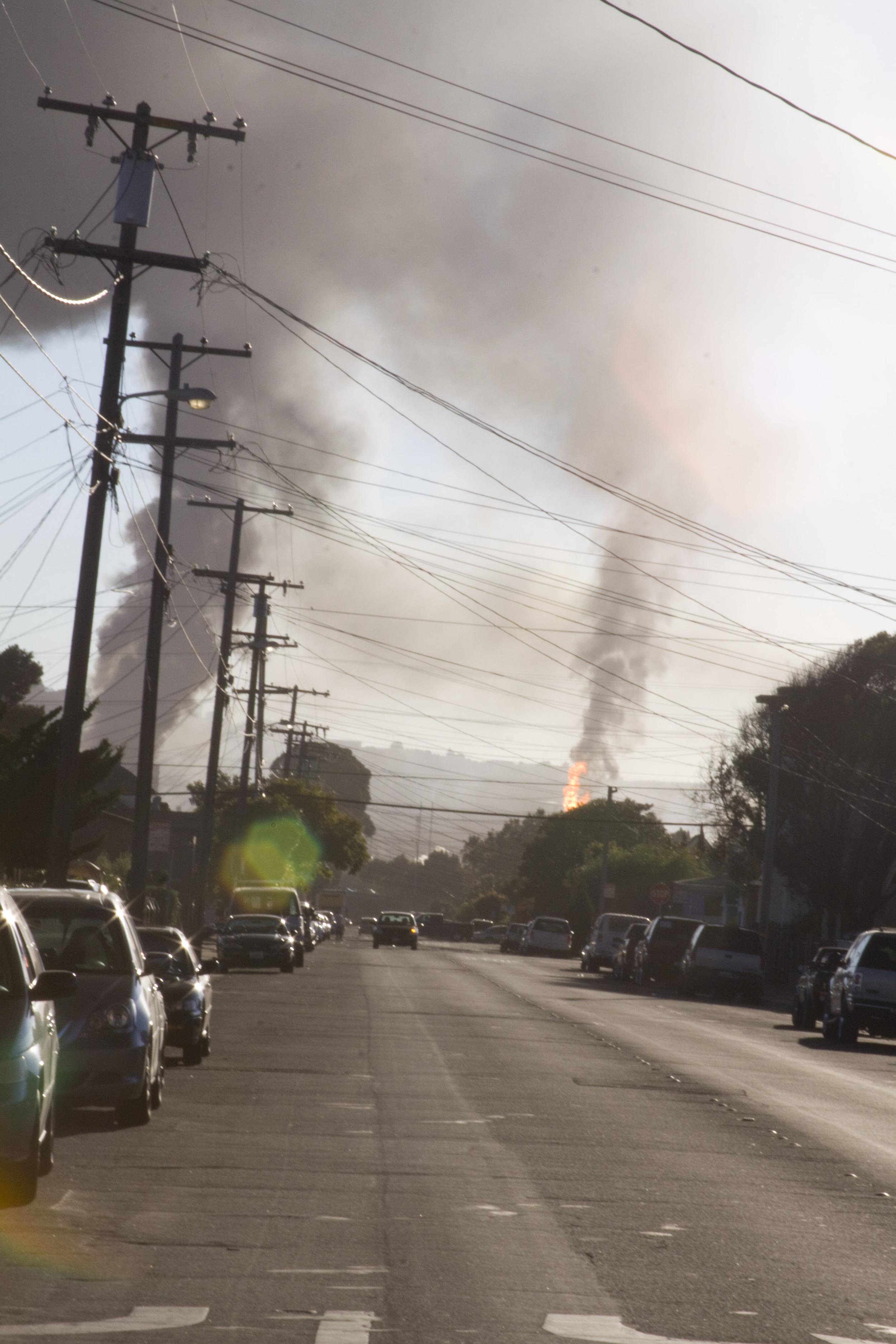 Refinery fire_62.jpg