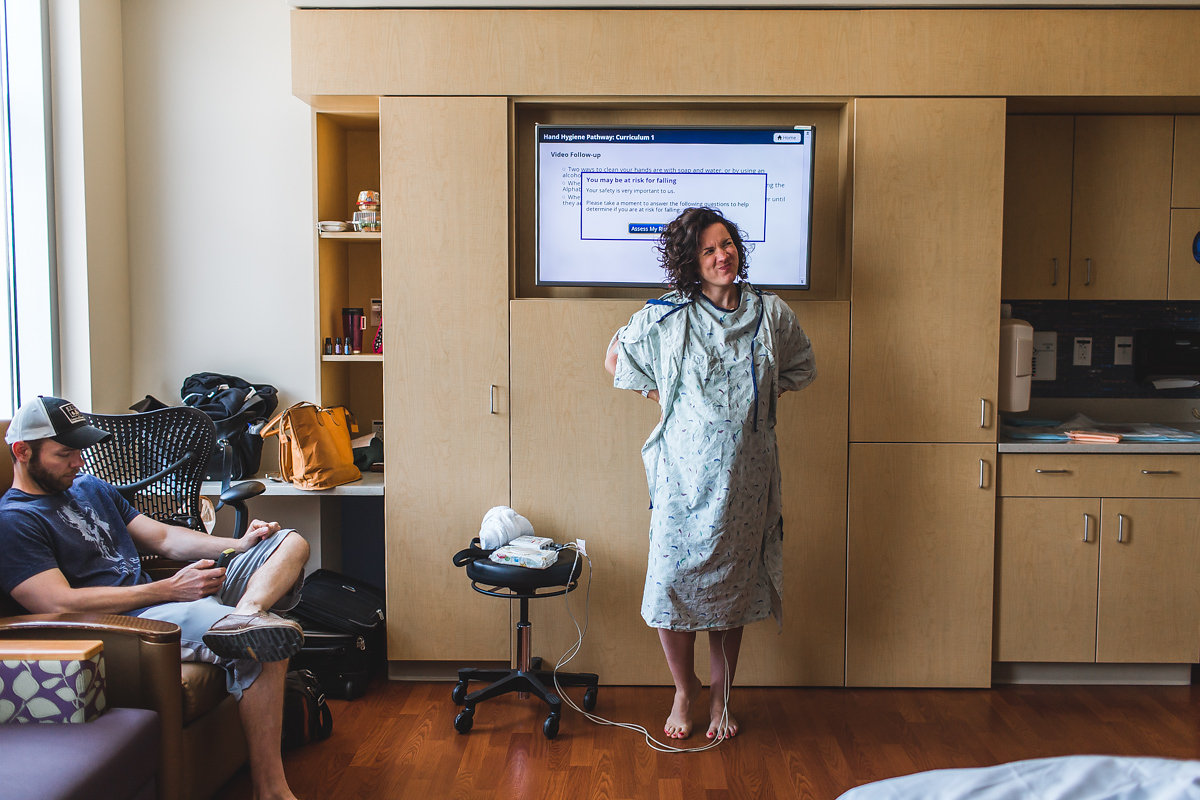 birth-becomes-her-denver-birth-photography-contractions