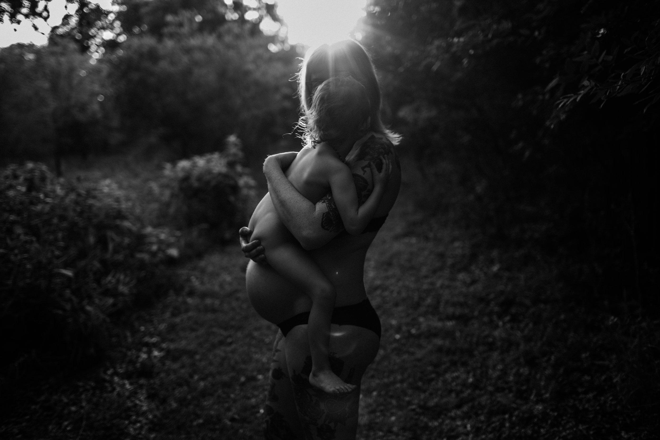 "Vanessa Mendez of  Vanessa Mendez Photography – Serving San Antonio, TX – ""A Mother's Love"""