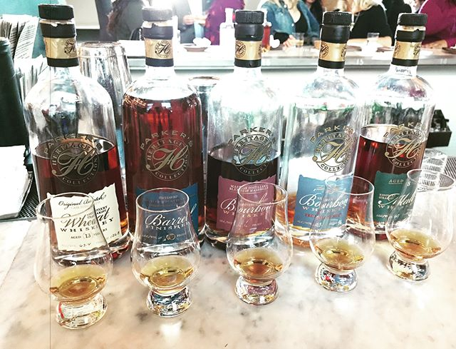 So, on the trip to #sanfrancisco we stumbled upon @hardwatersf and their amazing lineup of flights 🥃✈️ Time to dive into these #parkersheritage babies. #bourbon #whiskey #bourbongram #whiskeygram #instabourbon #instawhiskey #heavenhill #travelgram #sfig #rarebourbon #rarewhiskey #malt #wheat #blendedmashbill #promiseofhope
