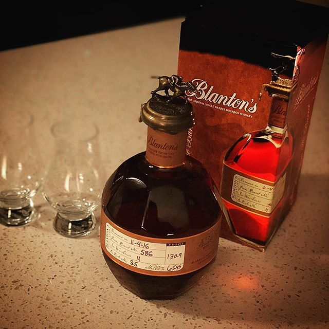 There's some significant dates 🗓 on these special #blantons 🥃 #sftb #buffalotrace #110416 #110418 . . . #whiskey #bourbon #whiskeygram #bourbongram #instawhiskey #instabourbon #straightfromthebarrel #barrelproof