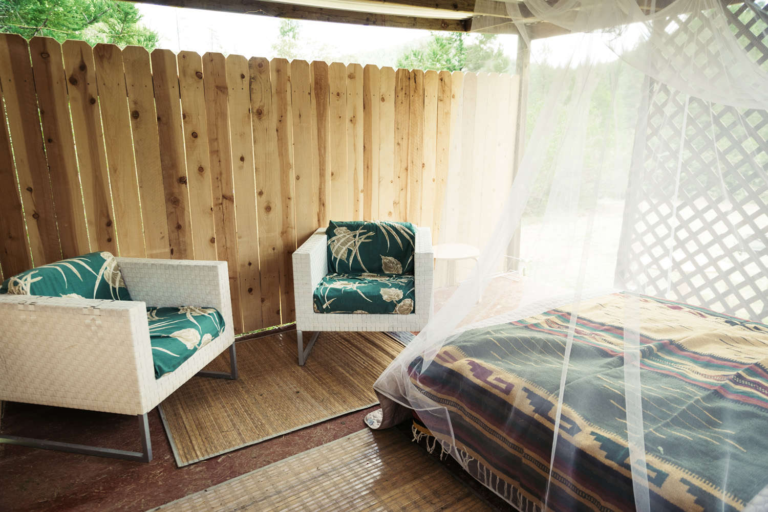 Glampsites - Click here to check out camping upstyled means the great outdoors without the tent. Our Glampsites include queen beds with linens, mosquito netting, proximate parking spots,  porta potties and a hot outdoor shower. Enjoy!