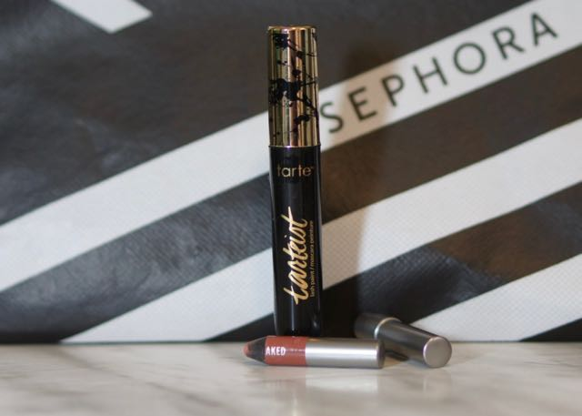 A deluxe mascara sample and  a Full Size lip liner!