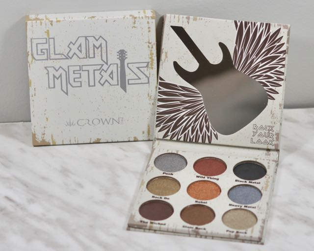 January Boxy Charm - Rock 2018-Crown Pro-Glam Metals PaletteJanuary Boxy Charm - Rock 2018DSC04443.jpg
