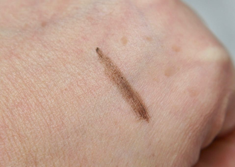 April 2018 Boxycharm-The Browgal-Instatint-TInted Brow Gel-swatchApril 2018 Boxycharm-The Browgal-Instatint-TInted Brow GelApril 2018 BoxycharmDSC05839.jpg