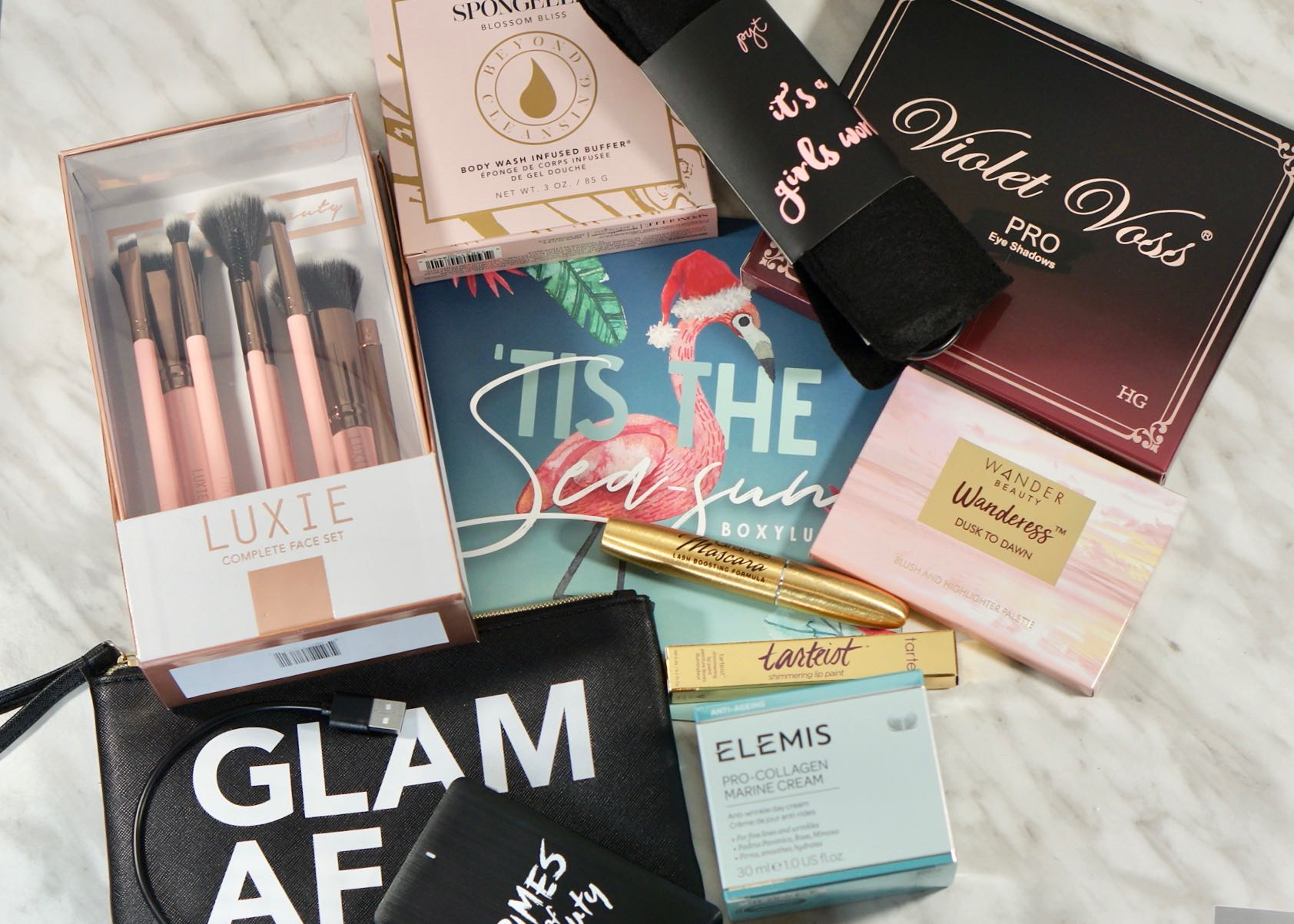 All the goodies in my December 2018 Boxy Luxe!