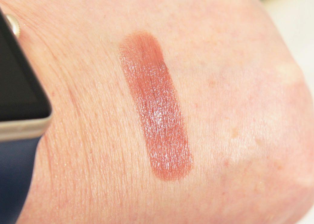 March 2018 Boxyluxe-la vie en rose-Becca-Ultimate Lipstick Love-TaupeMarch 2018 Boxyluxe-la vie en roseDSC00845.jpg
