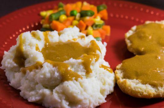 Holiday EXTRAVAGANZA Chuck Underwood's Best Vegan Gravy EVER.jpg