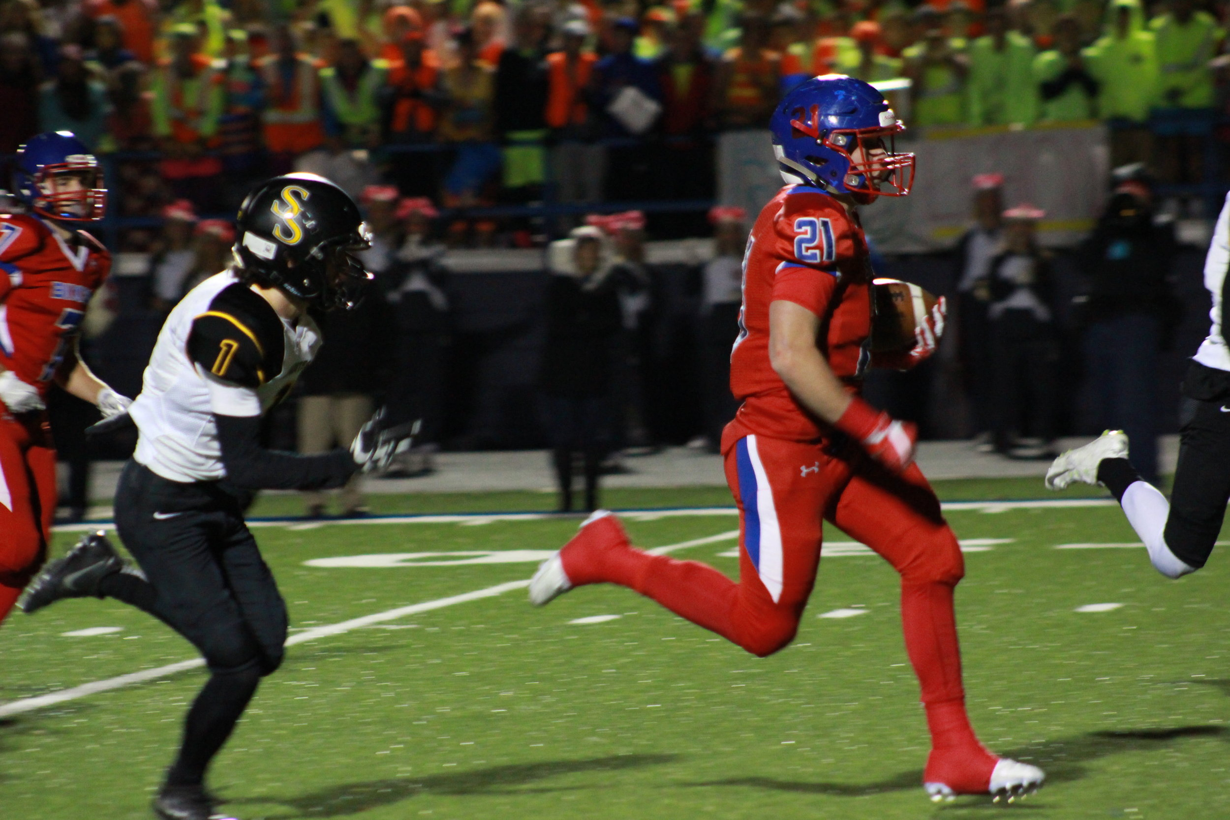 Bixby's Tucker Pawley ran for 202 yards and 3 touchdowns in the Semi-Finals. Photo: Morgan Miller