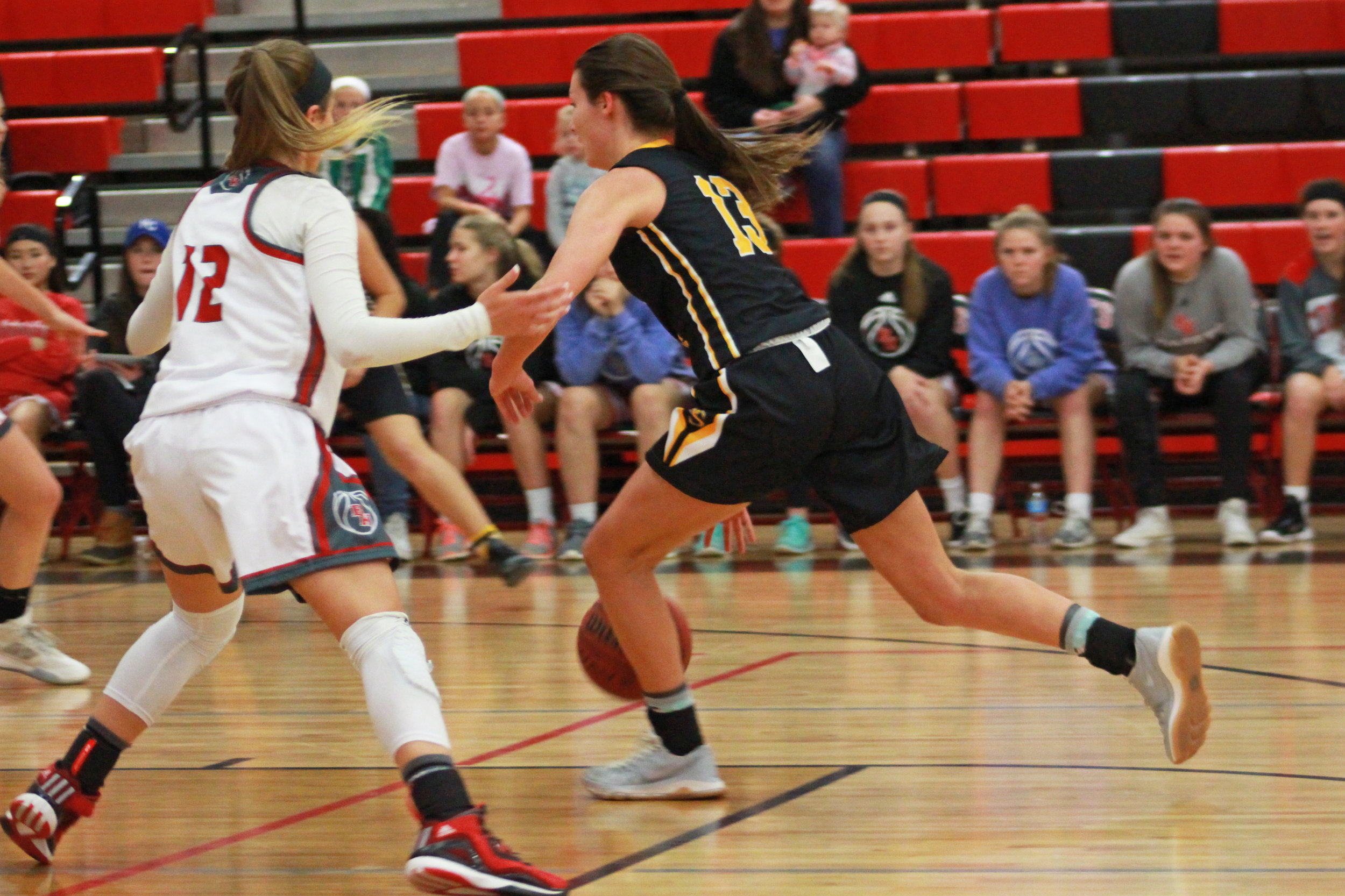 Holly Kersgieter scored 19 Tuesday night against the Jenks Lady Trojans. (Photo: Scott Emigh).