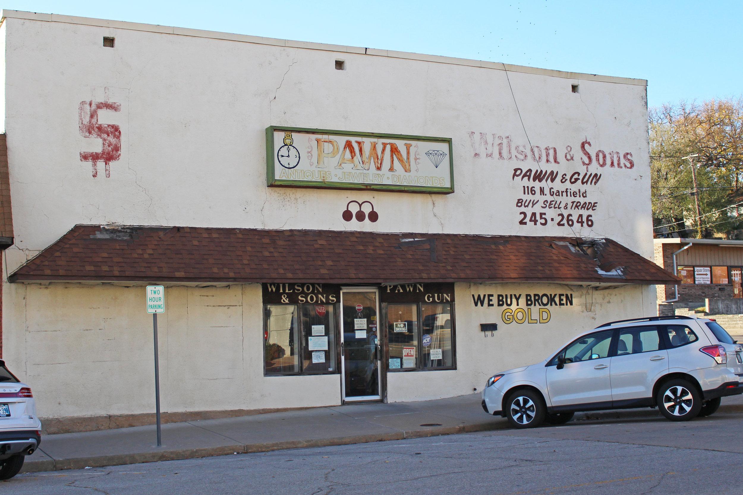 wilson & Sons Pawn & Gun - downtown 116 north garfield avenue