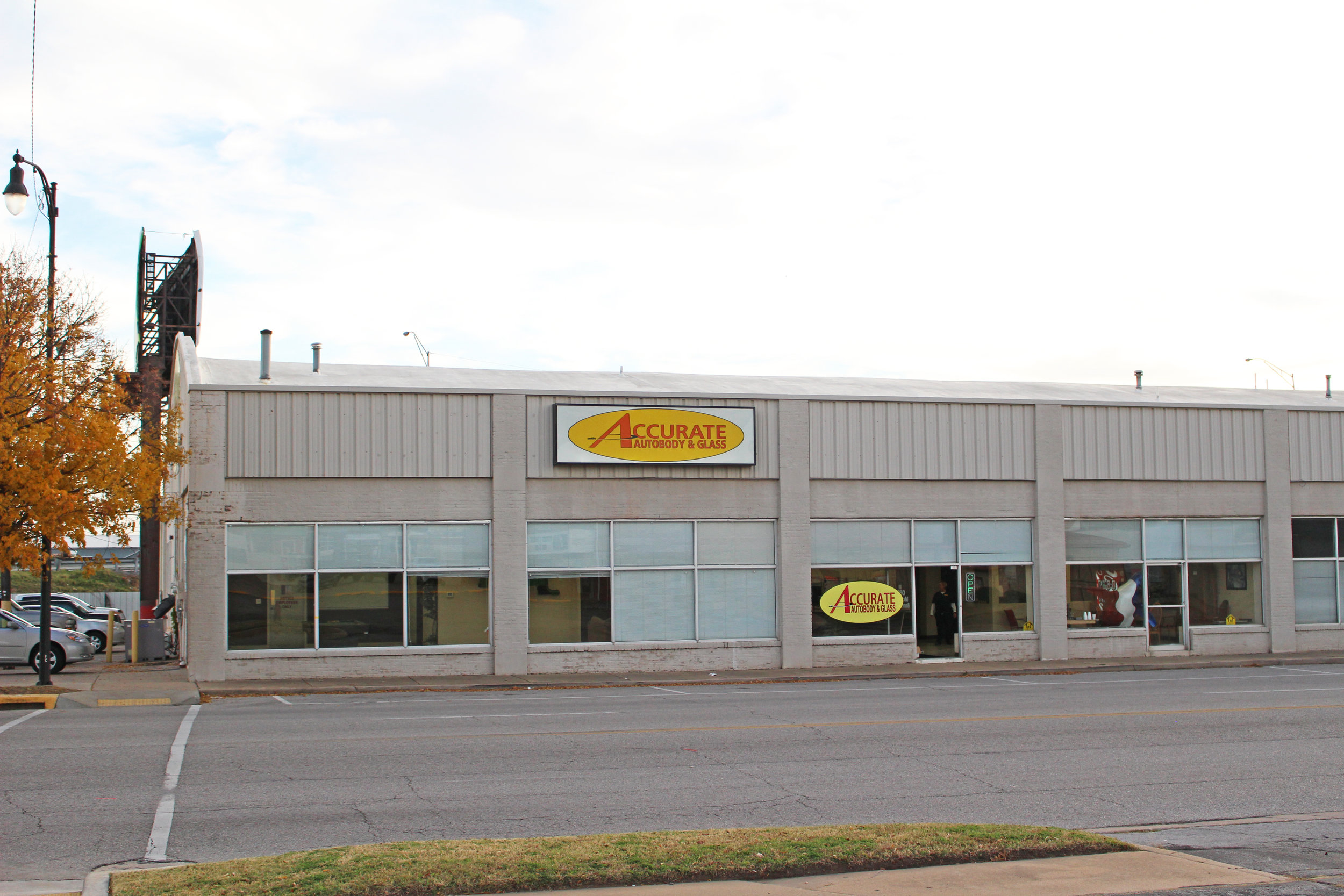 accurate autobody & glass - downtown 220 east 2nd street