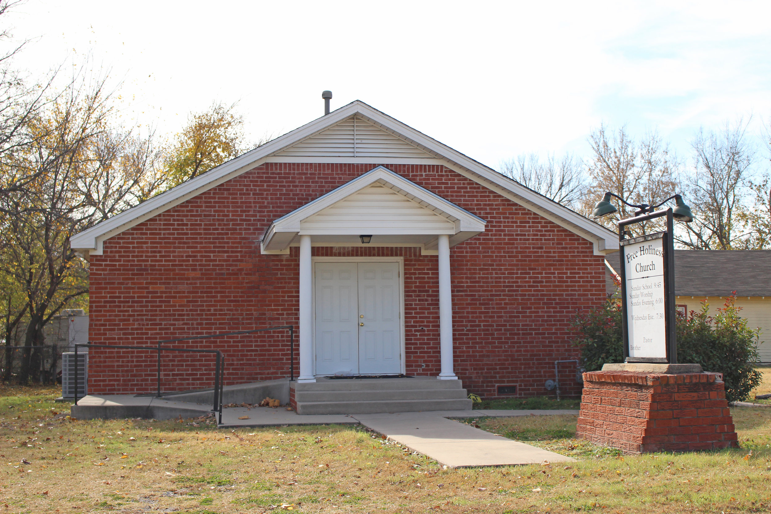 free holiness church 803 katy street