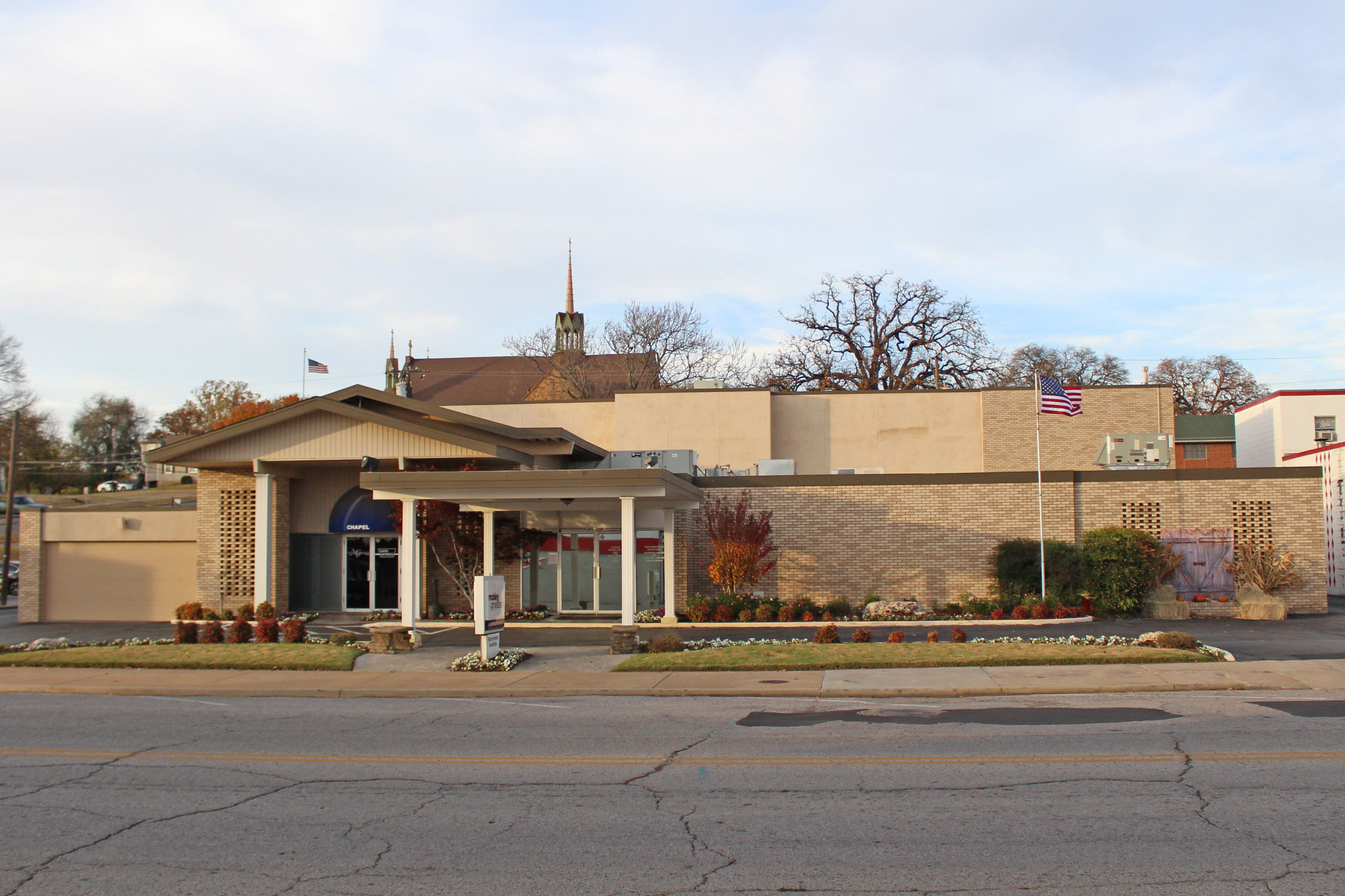 mobley-groesbeck funeral service, inc. - downtown 211 east broadway street