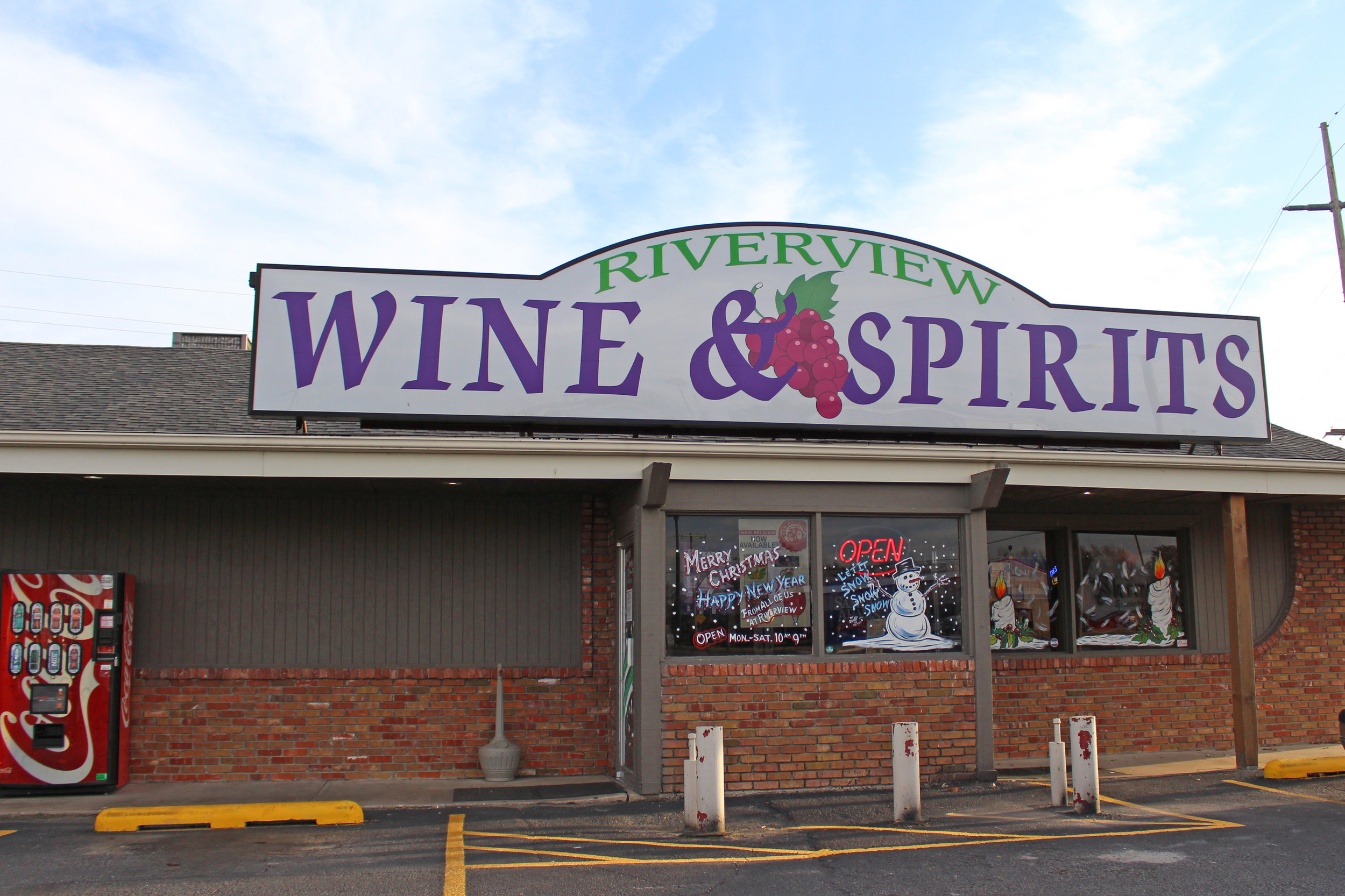 riverview wine & Spirits - atwoods plaza 114 south adams road