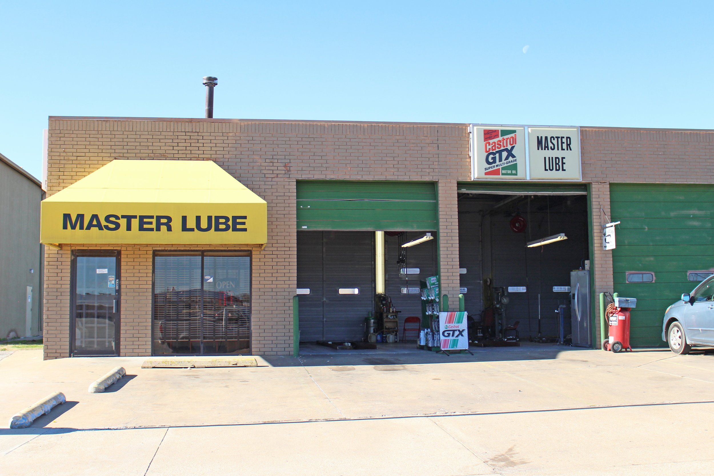 master lube & car wash 1124 east charles page boulevard