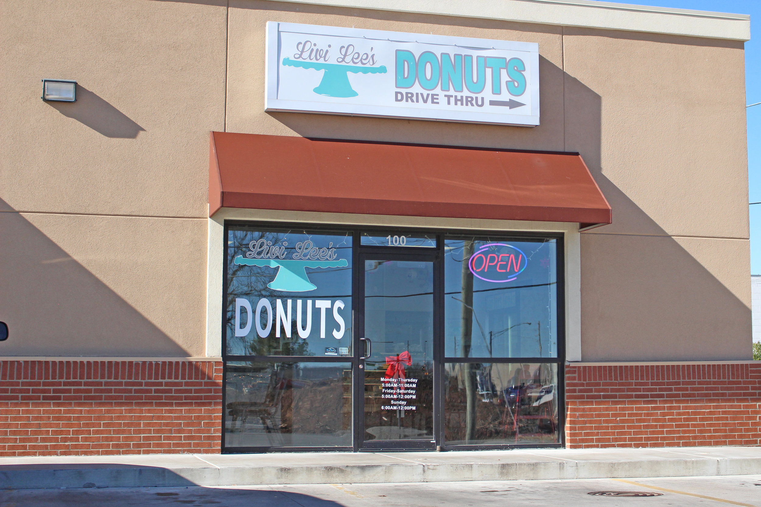 livi lee's daylight donuts - prattville 4106 south 113th west avenue