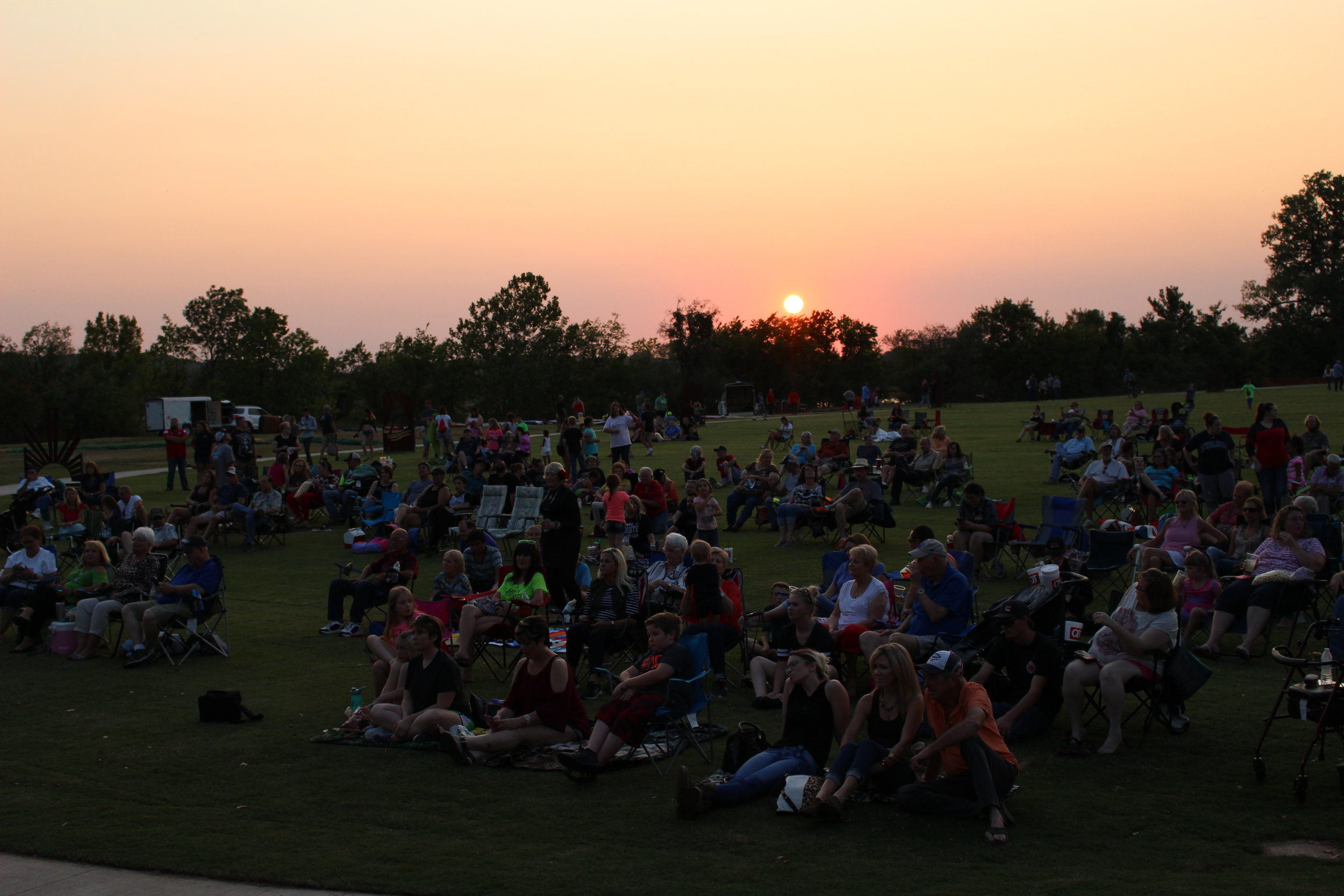Sandites enjoy a free concert from The Rogues Five at Riverfest.