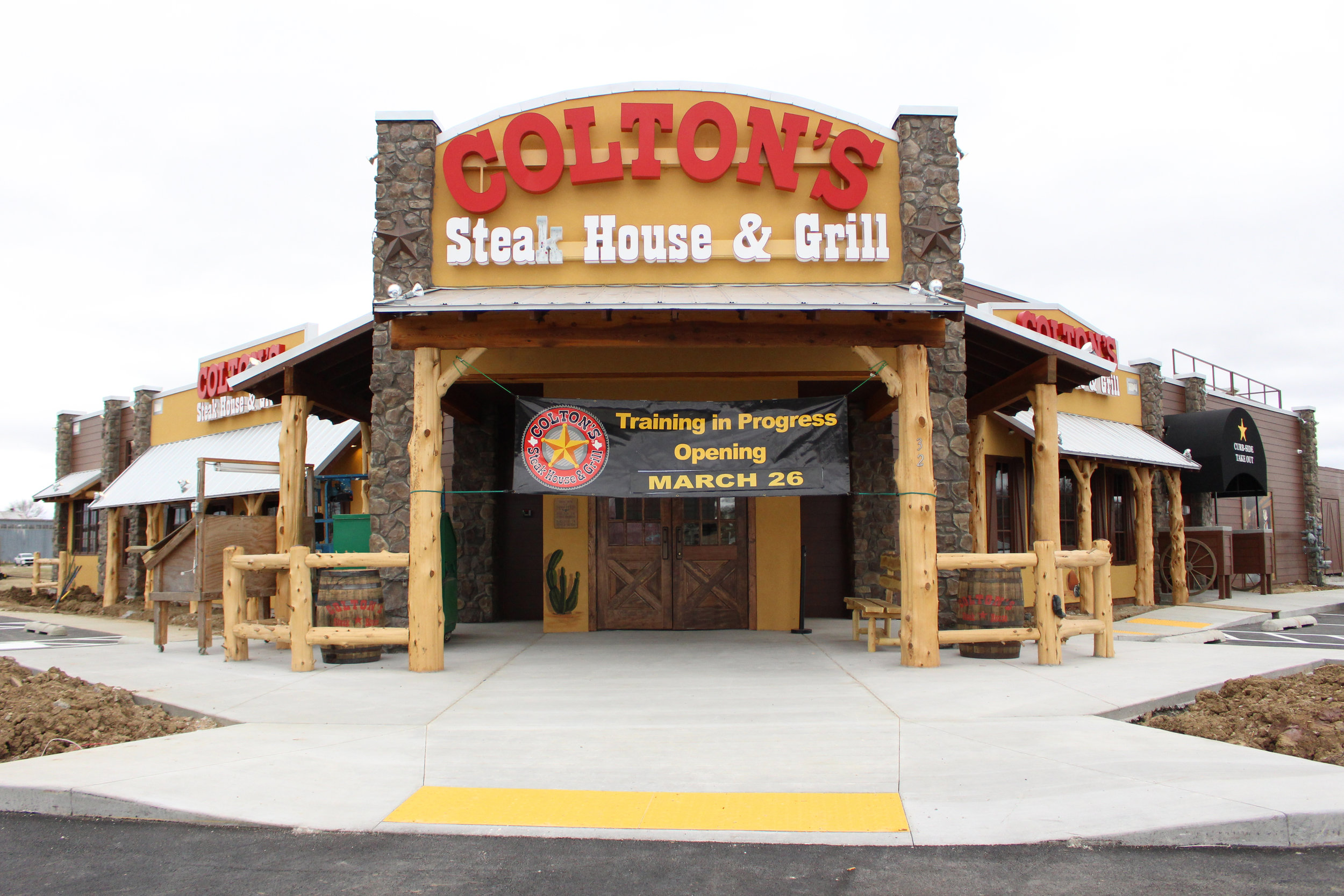 colton's steak house & Grill - river west 32 west alexander boulevard