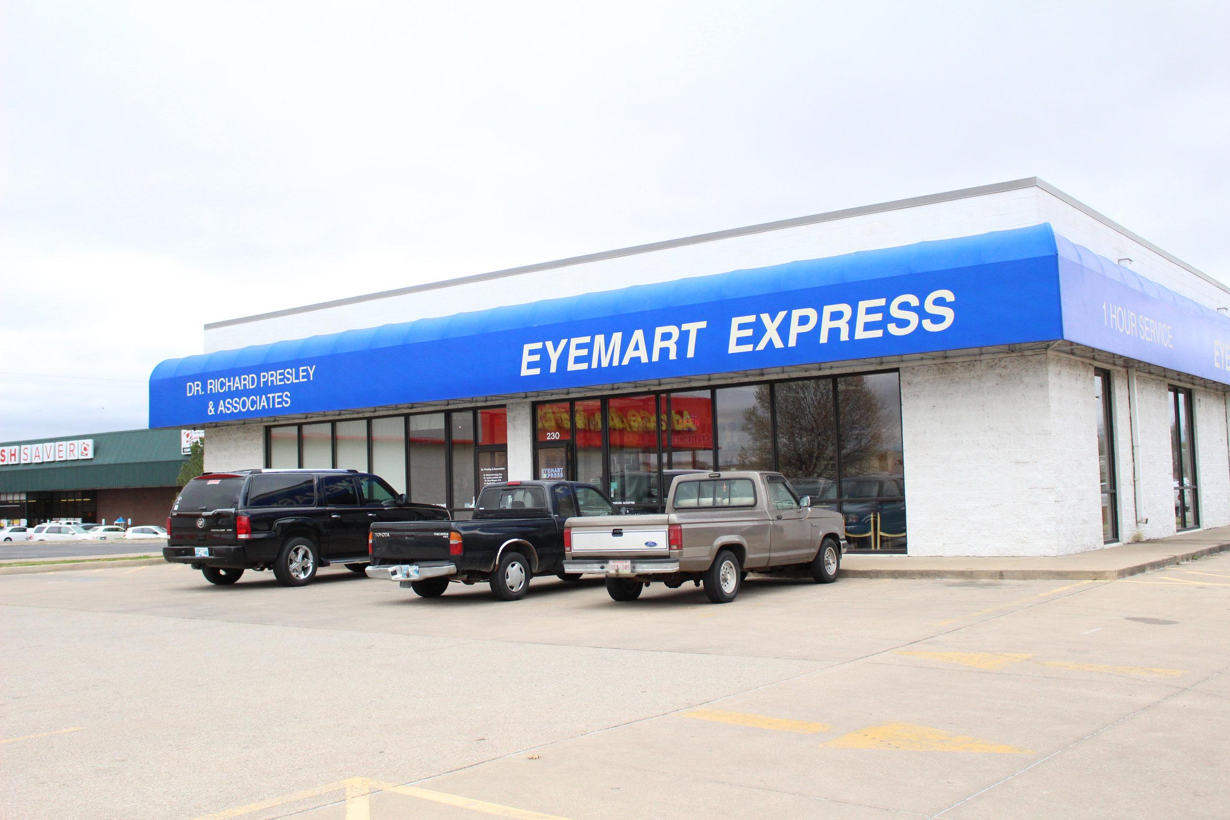 eyemart express 230 south highway 97