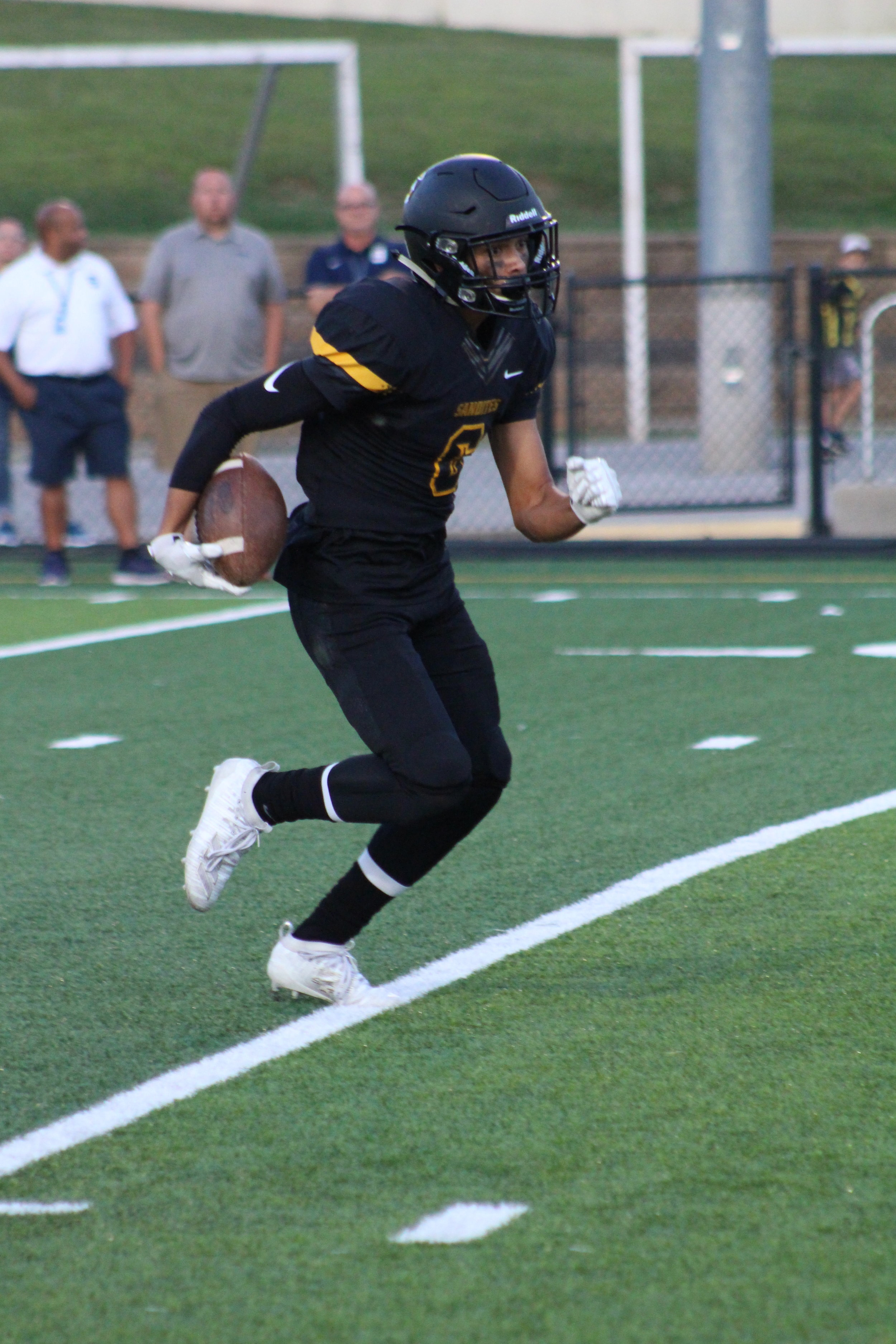 """6'1"""" sophomore Keaton Campbell was 3-28 receiving, 1-8 on punt return, and 2-50 on kick returns Friday against Shawnee."""