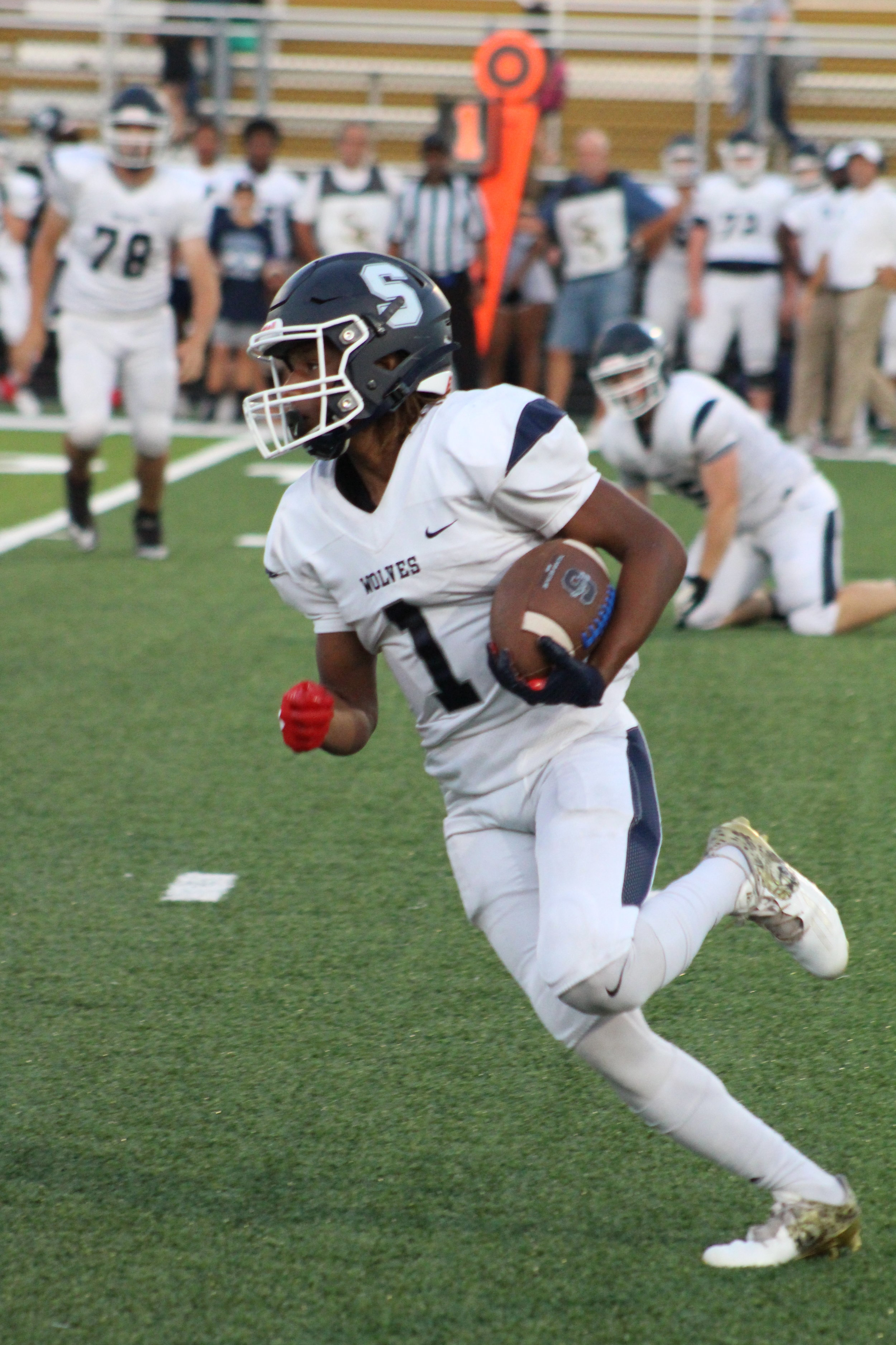 Demetress Beavers was 18-71 rushing for the Wolves.