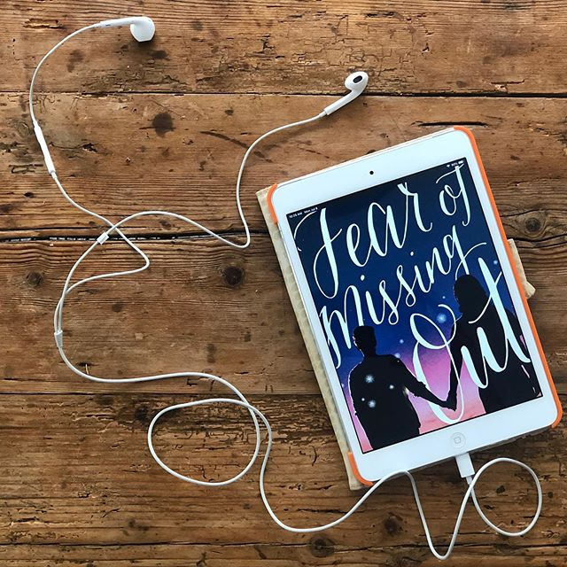 #FOMOthebook is now officially #FOMOtheaudiobook, thanks to the fine folks at @audible and @cybersoundrecordingstudios. Narrated by the author! (🙋🏻♀️) // To celebrate, I'm giving away a promo code to get yourself a free copy! To enter, tell me how you enjoy your audiobooks. (Here's mine: while riding a long distance train route.) Tag a friend for an extra entry, too.  I'll choose a winner after 11:59pm on 7/12. No Audible membership necessary. #audiobooks #giveaway #audible #yabooks #yalit #audiobookstagram