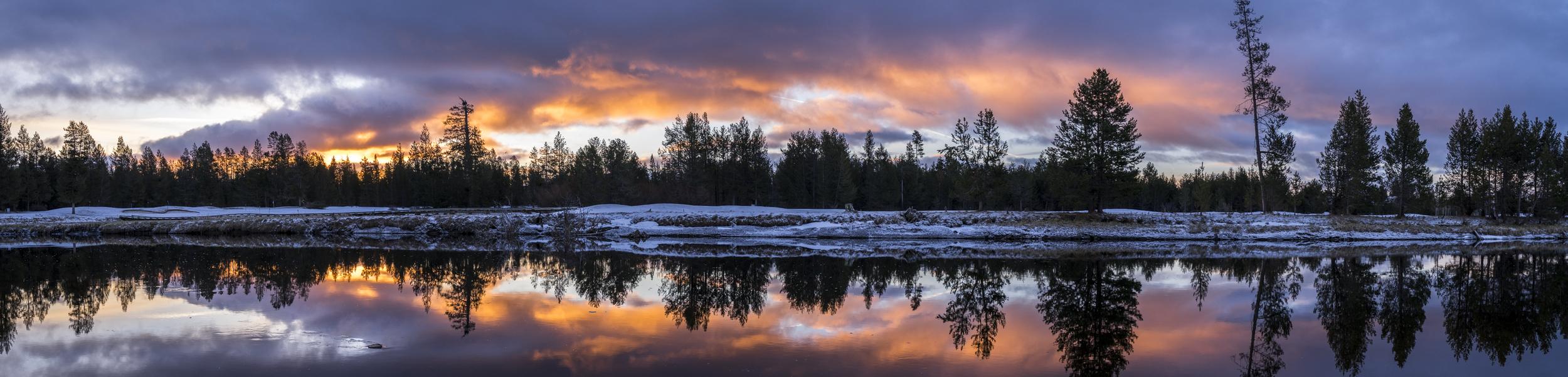 Sunrise on the Deschutes River, Oregon, 2016