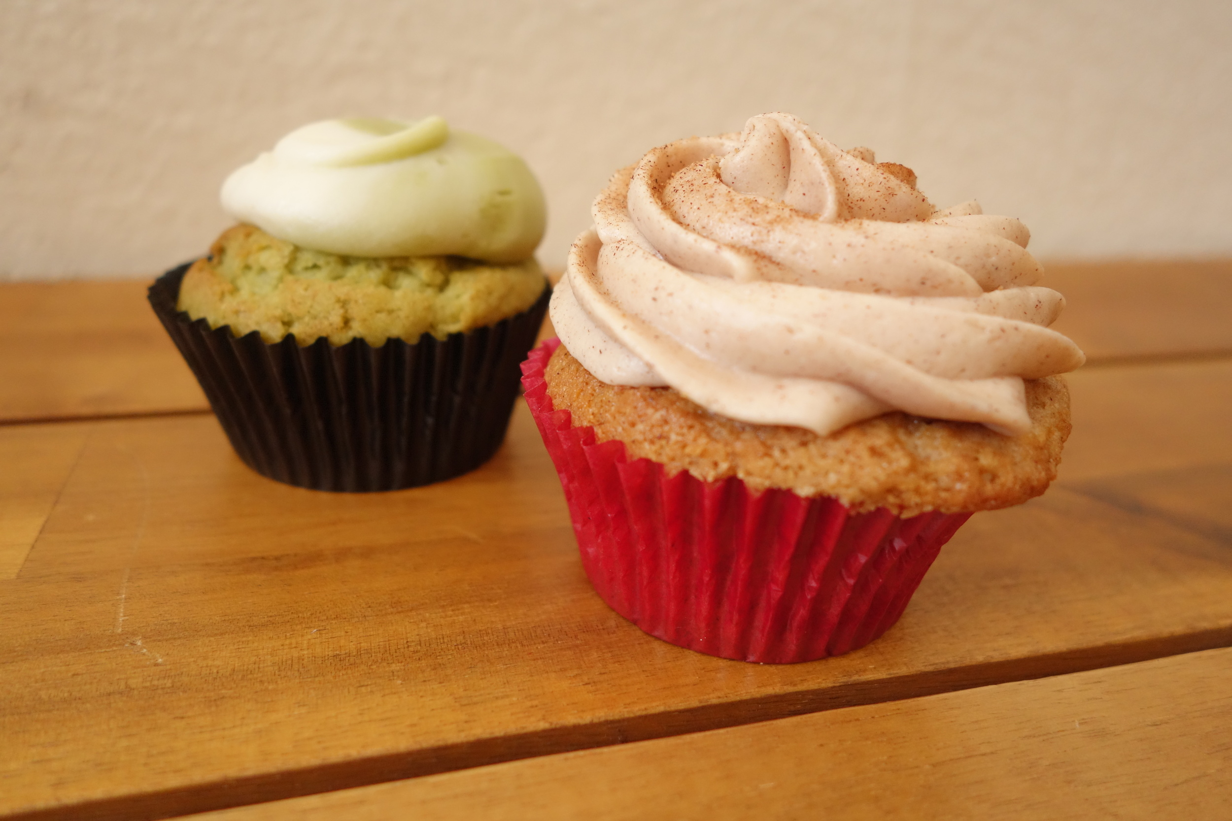 Green Tea Cupcake (Left) & Churro Cupcake (Right) by We The Minis at Taiwan Bento.