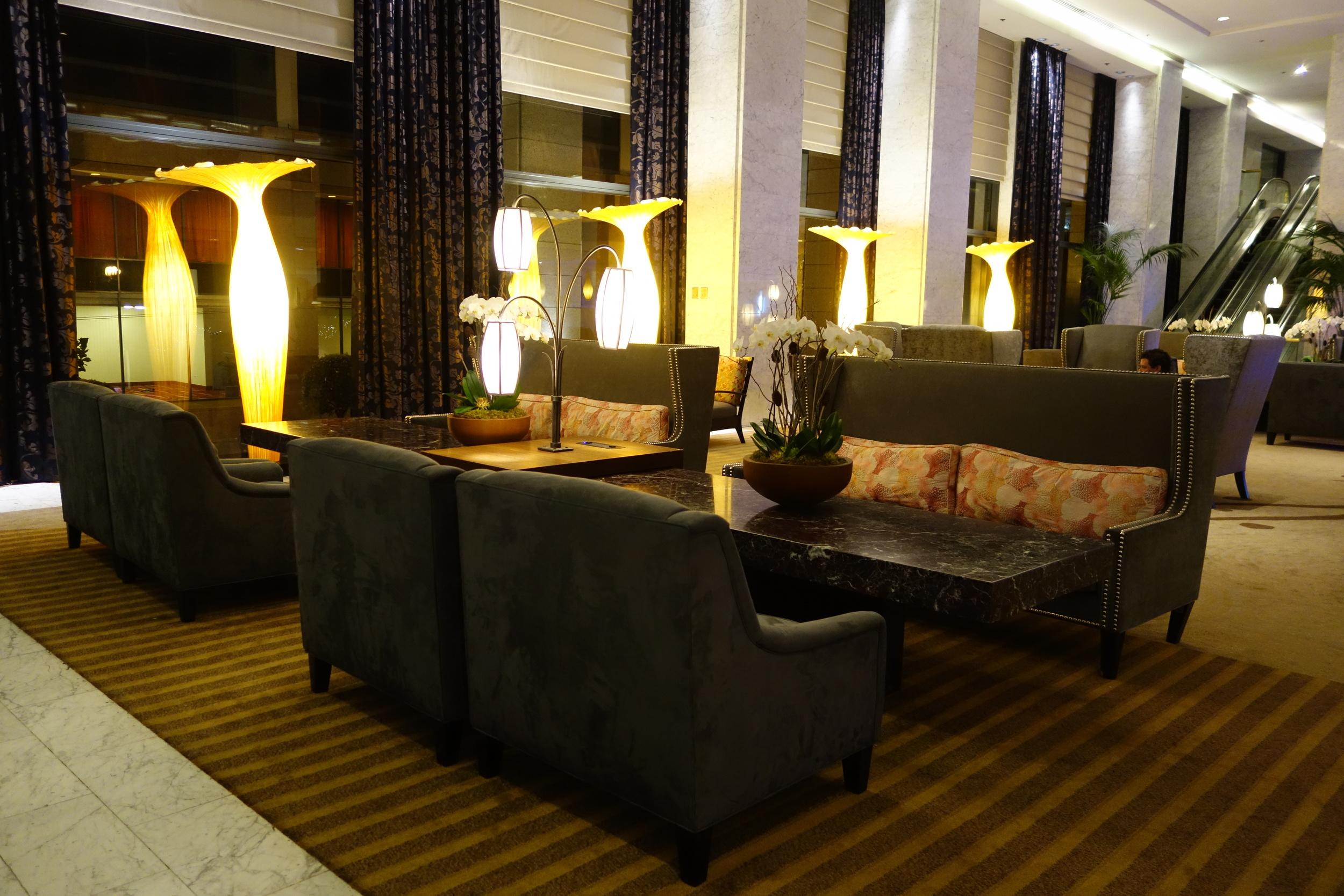 Hotel Nikko Lobby
