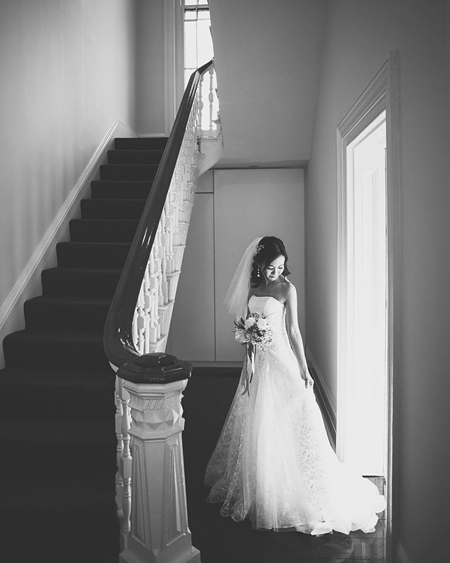 The radiant Evelyn just moments before walking down the aisle. How could I say no to that perfect light? . . . . . Fantastic to check out the new @oldtowerhouse and big shout out to @drusoltys doing a fab job as always 😊 #naturallight #bride #perthbrides #australianwedding #lovethis #instagood #monochrome #bnw #bnwphotography #bw #realwedding #realweddingphotography #weddingphotographer #perthweddingphotography #candidcaptures #preweddingphoto #prewedding #perthbridetobe #bridetobe2020 #stairwaytoheaven #thiefandarcher #shotoftheday #sneakpeek