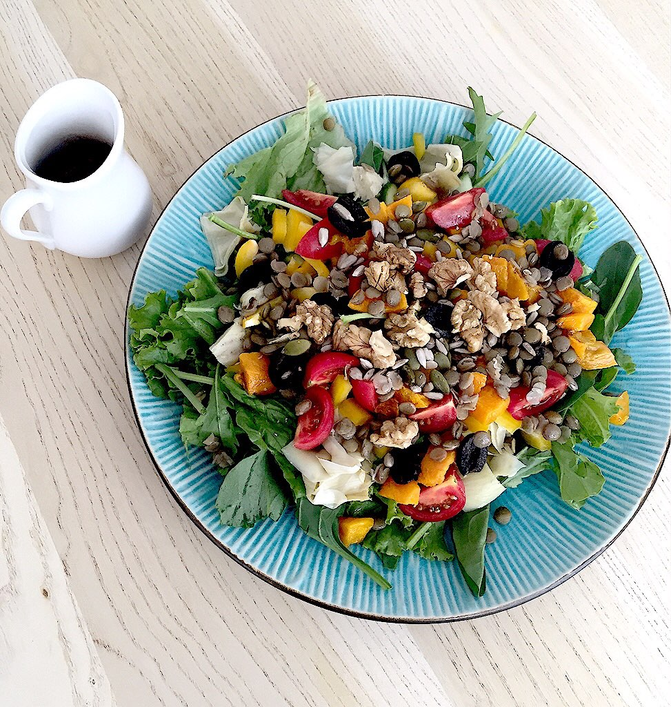 Mixed Veggie Salad with Lentils - By Martina Zand
