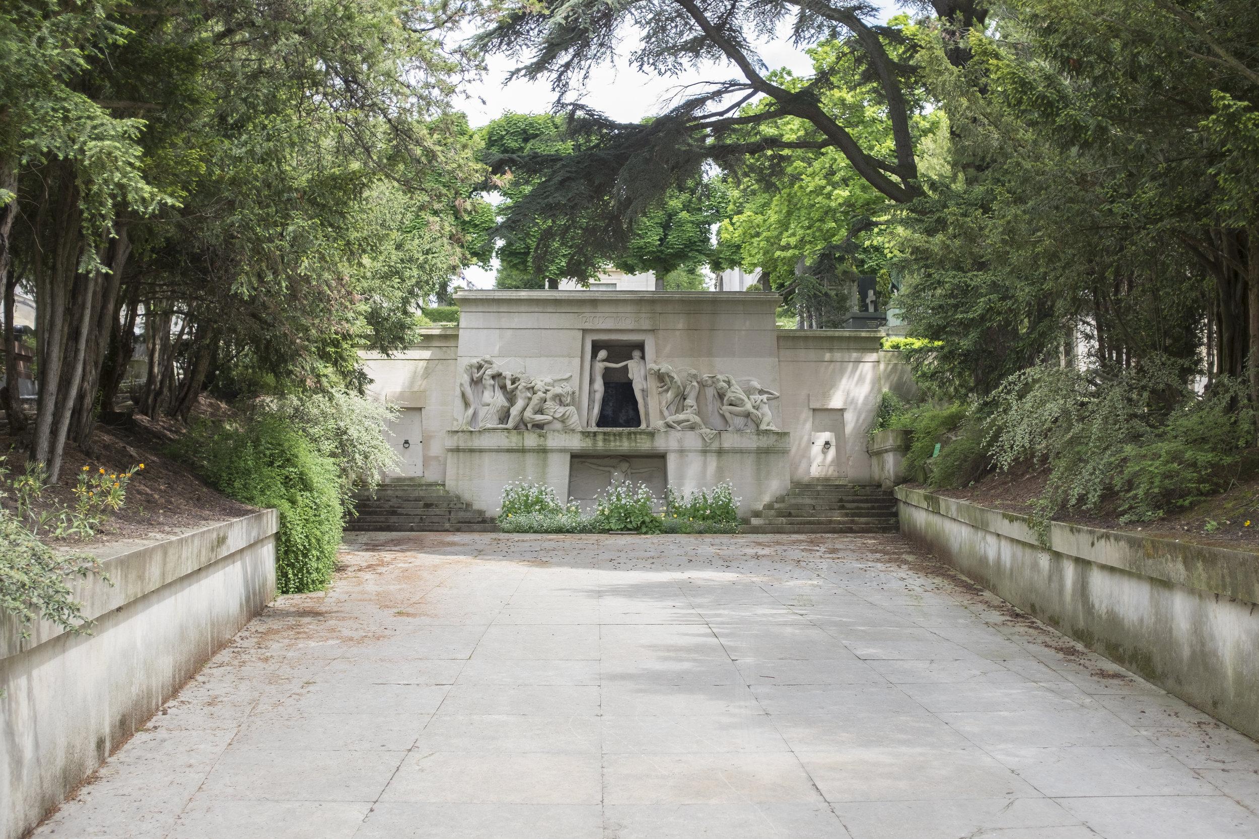 monument-aux-morts02.jpg