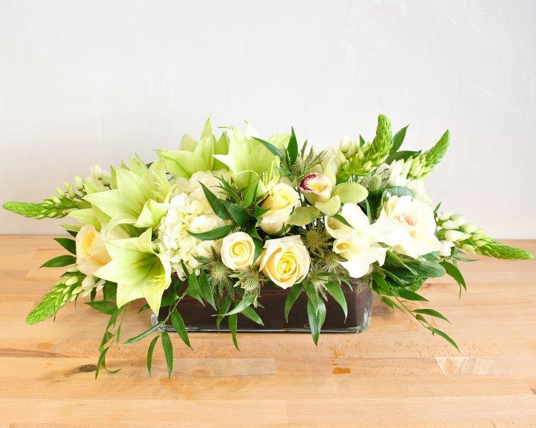 Boston Seasonal Flowers - Embrace