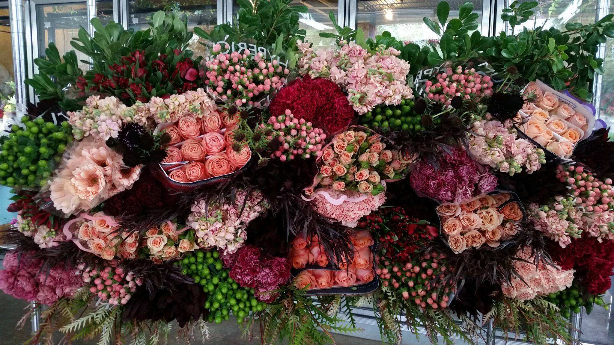 wholesale flower.jpg