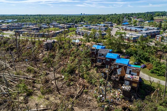 It is quite shocking to see the randomness of tornado damage. . . . #dronephotography #drone #djiglobal #fromwhereidrone #drone_countries #explorecreate #beautifulplaces #droneofficial #skypixel #skyhilife_drones #gameofdronez #dronedose #dronespace #dronedaily #iamdji #droneart #thedroneu #droneglobe #dronenerds #majestic_earth #mastershots #beautifuldestinations #electic_shotz #earthpix #dronepals #agameoftones #ohio #wanderlust #dayton #tornado