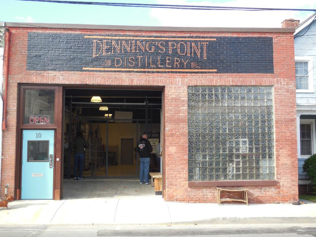 denning-s-point-distillery.jpg