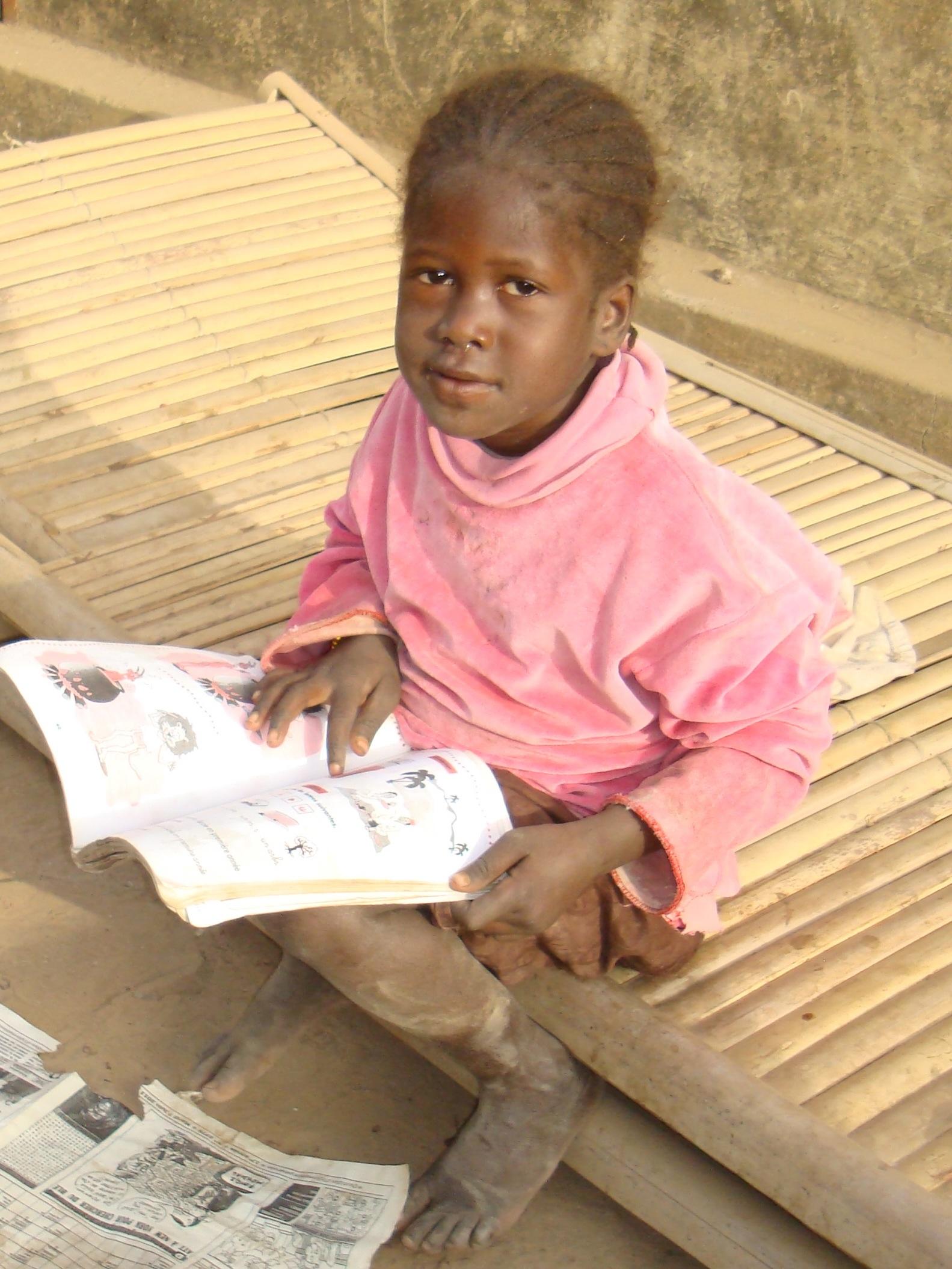 Medicine-For-Mali-Scholarship (11).jpg