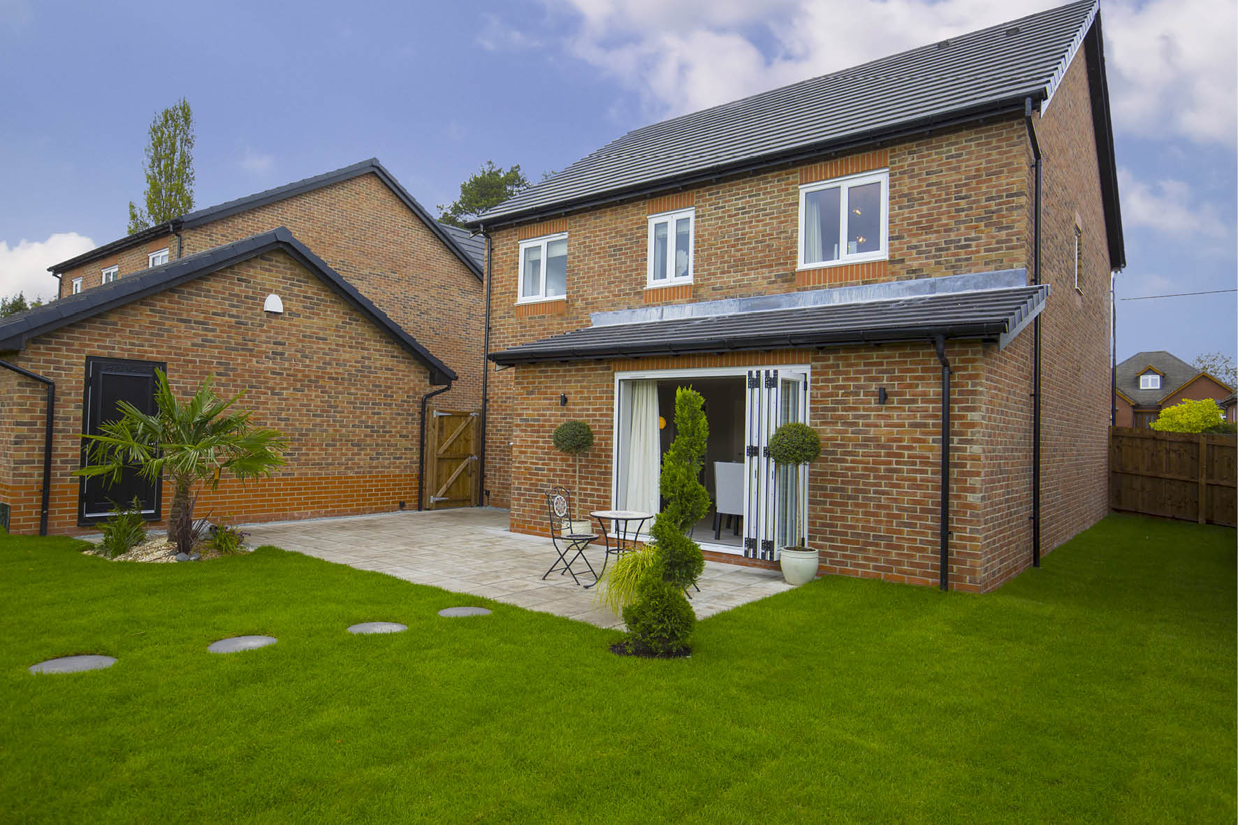Plot 52 >> Large rear garden